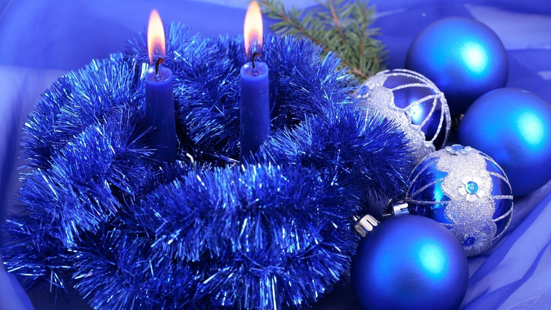 Blue Christmas Candle And Balls Decoration photos of Free Christmas  Wallpapers