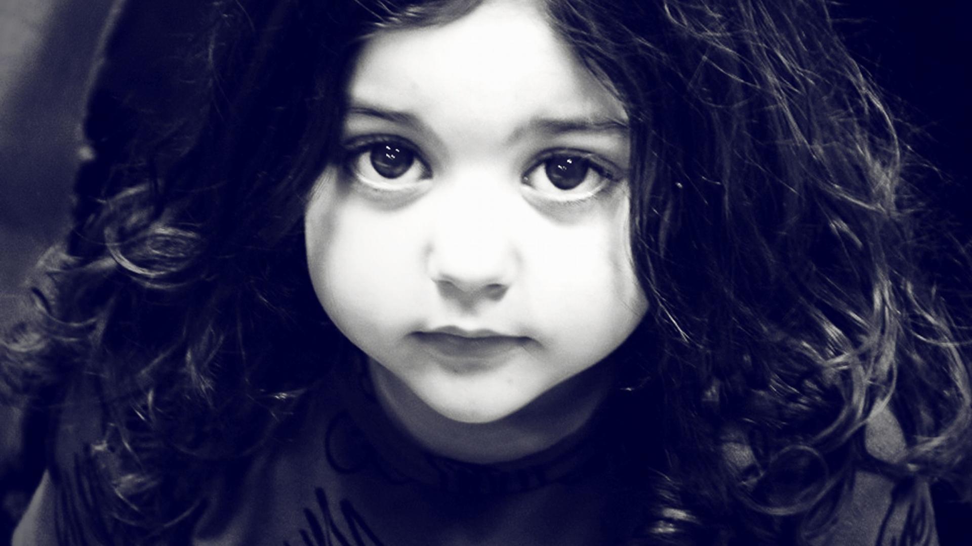 Cute Baby Girl Wallpaper Cute Sad Baby Girl Wallpaper