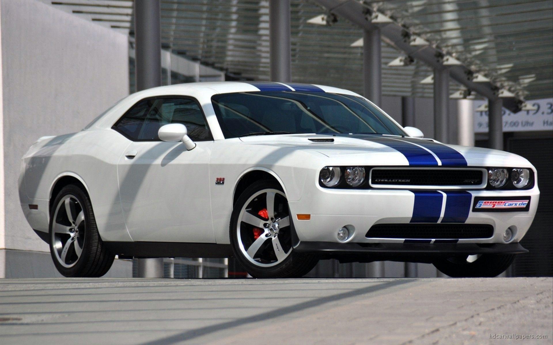 2011 Dodge Challenger SRT8 Wallpaper | HD Car Wallpapers