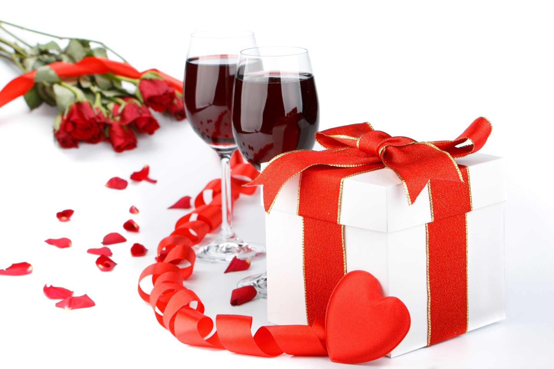 holidays wine valentine's day glasses gifts heart belt food photo