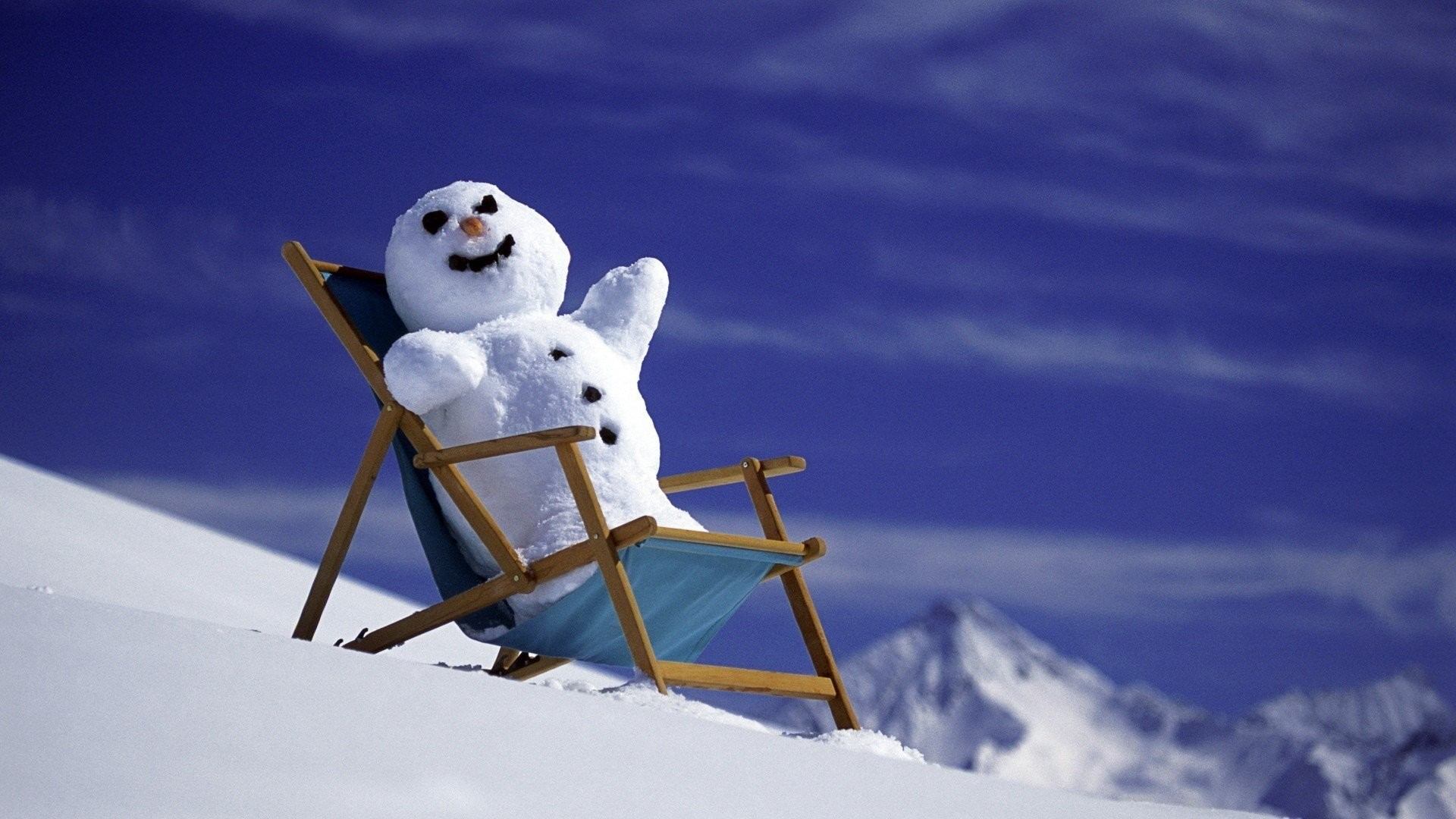 download funny winter wallpaper which is under the winter wallpapers .