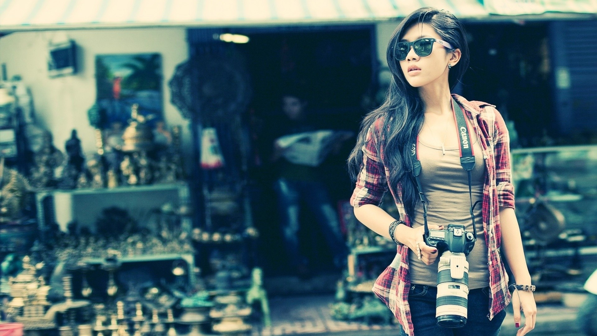 alignthougths-Cool-Attitude-Girl-Photo