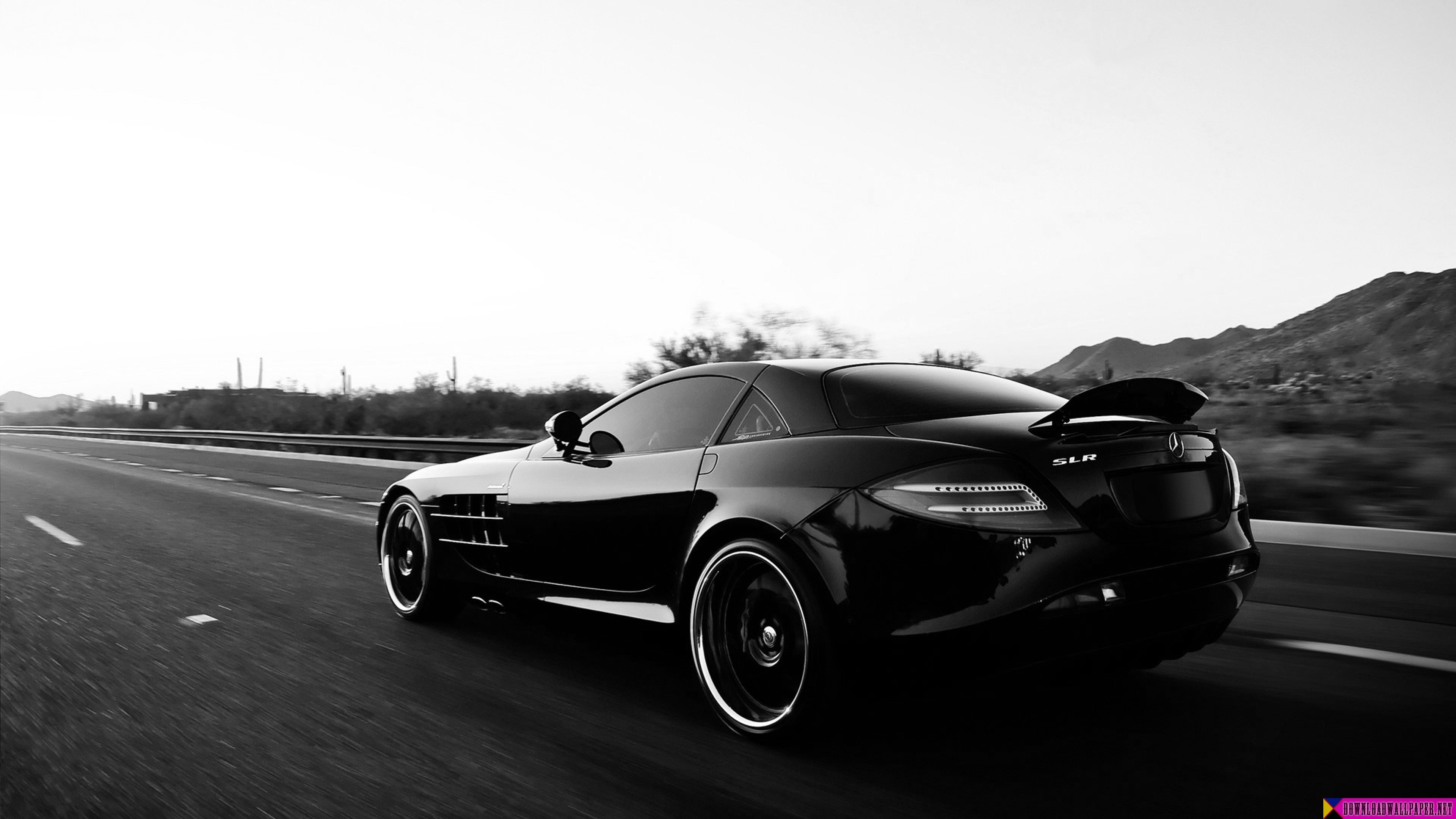 30 Car Photos of the Month – April to May 2013