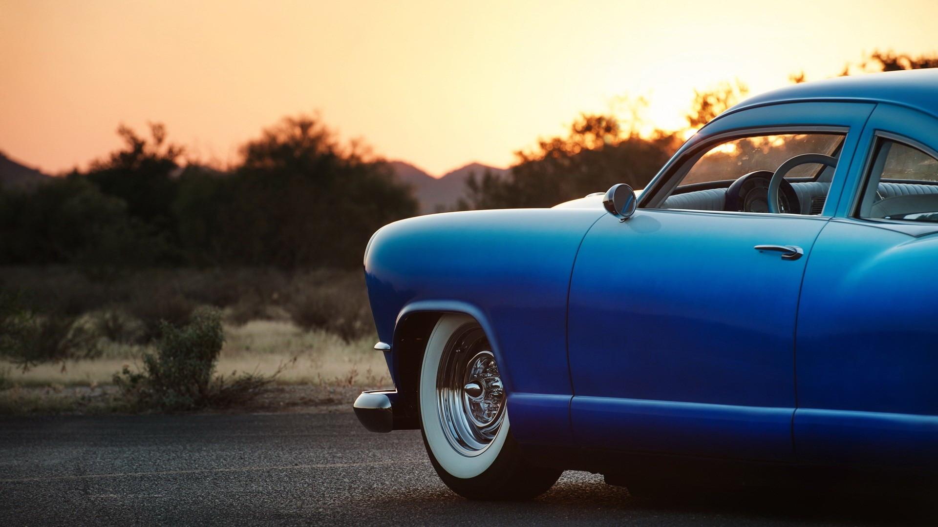 Sunset Blue Classic Car Desktop Wallpaper