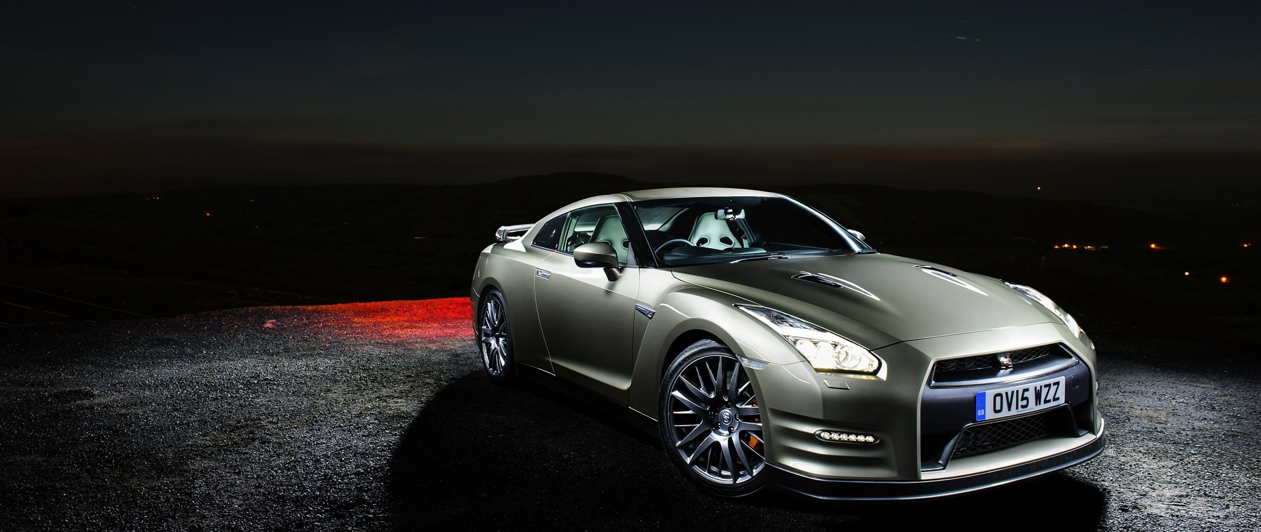 Preview wallpaper nissan, gt-r, side view, night 2560×1080