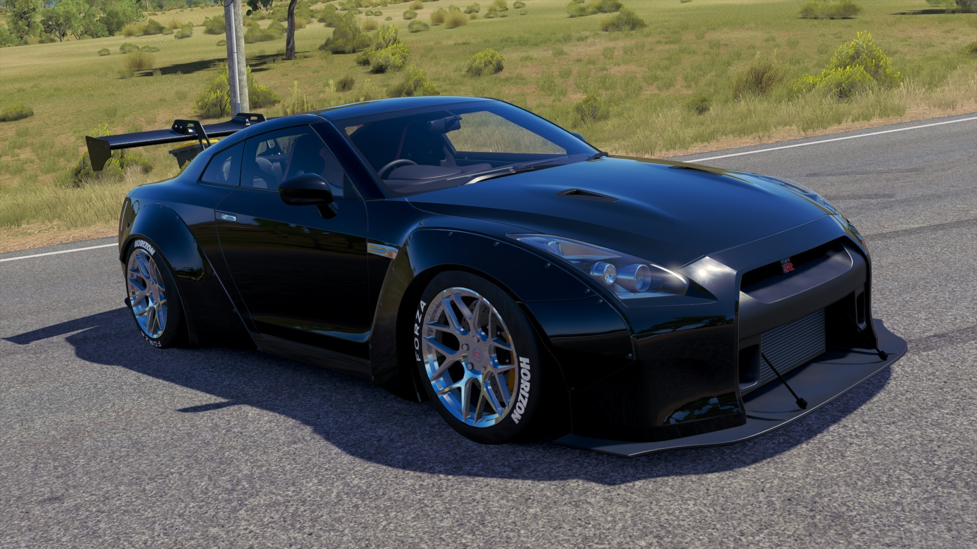 FH3 Nissan GTR-BlackEdition-LibertyWalk.jpg