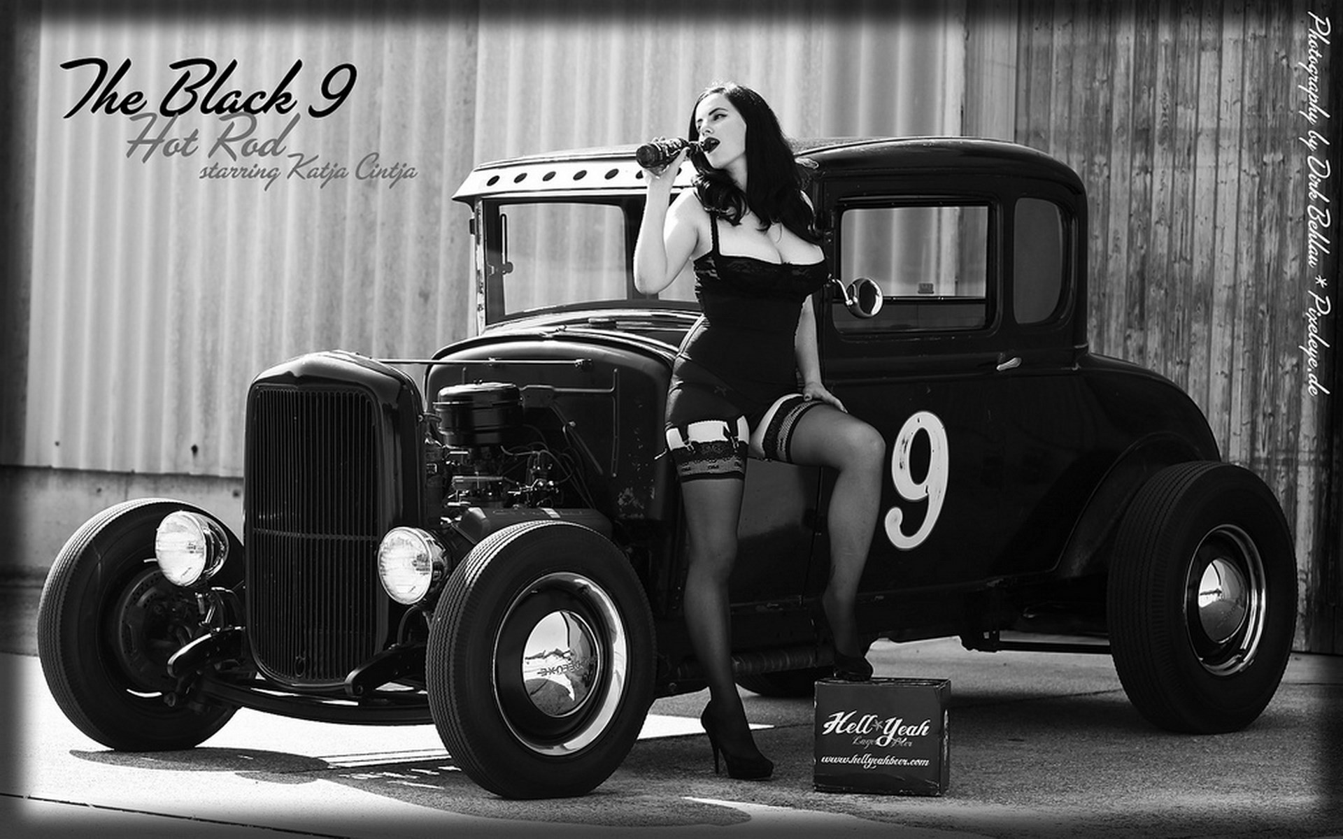 https://trunkweed.com/uploads/posts/images/51153-pin-up-girls.jpg   Of Cars  and Gals   Pinterest   Screensaver and Cars