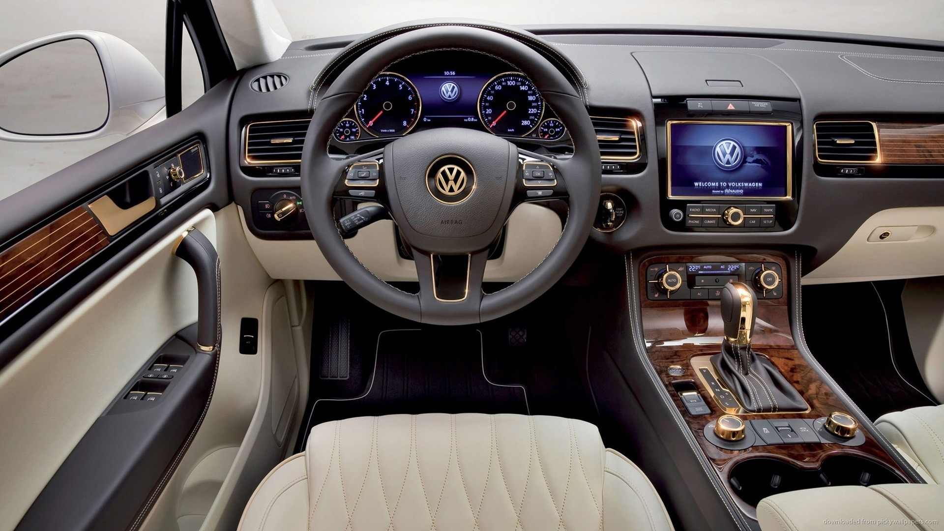 Volkswagen Touareg Gold Edition Interior Wallpaper picture