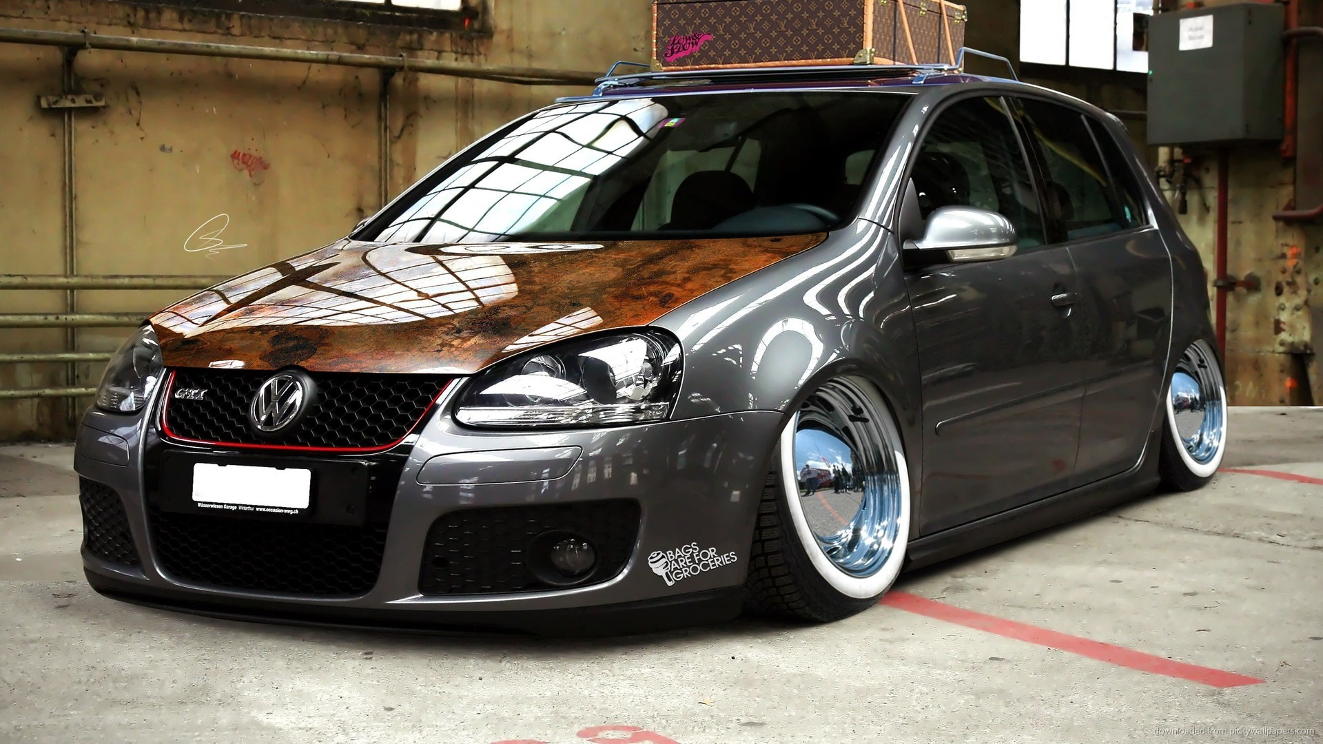 Grey Volkswagen Golf Stance picture