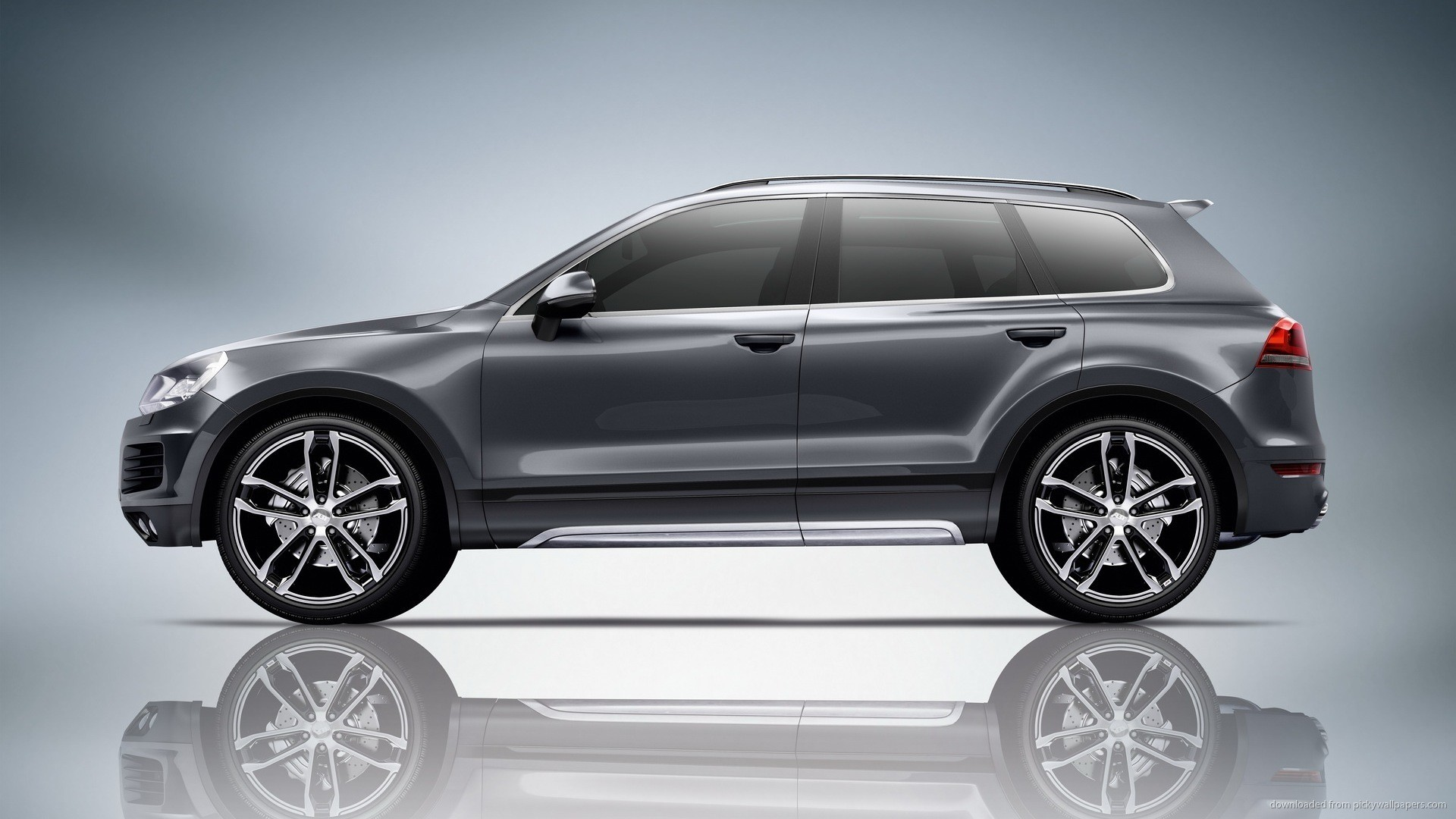 Volkswagen Touareg Side View Wallpaper picture