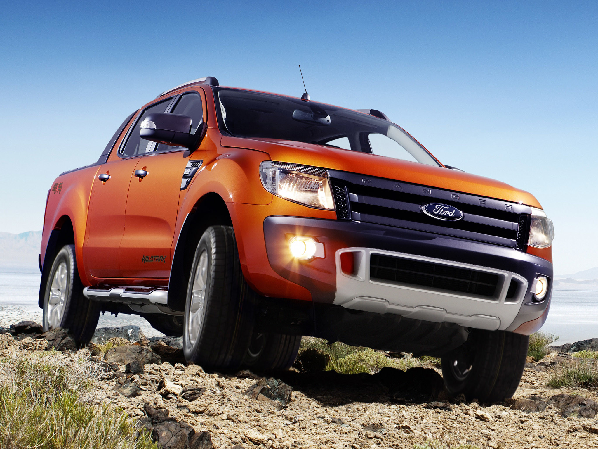 Ford unveiled the newest truck, named 2016 Ford Ranger. One of the biggest  updates is an improved five-cylinder diesel engine. When it comes USA  market, …