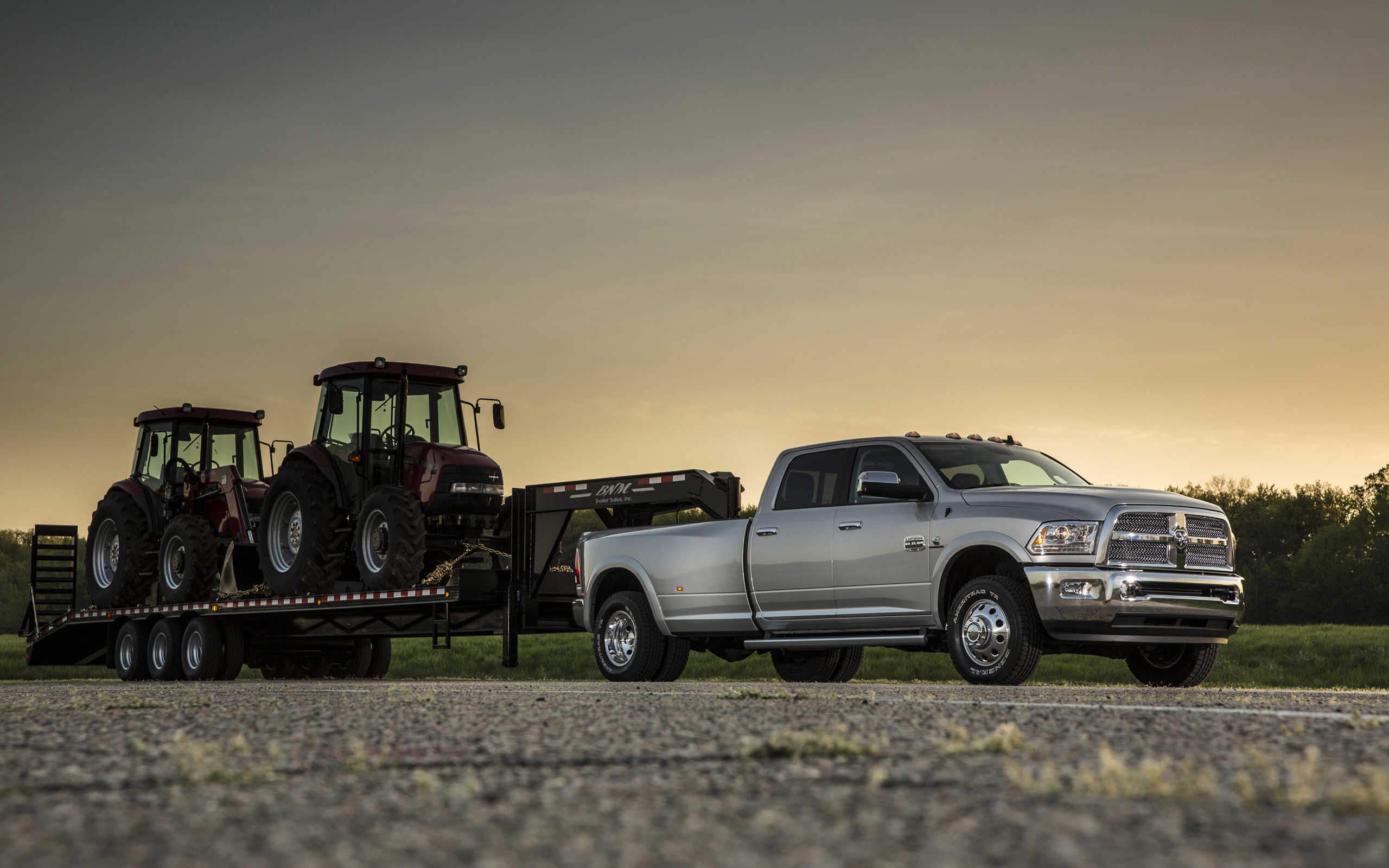 2013 Dodge Ram 3500 4×4 truck r wallpaper | | 112296 .