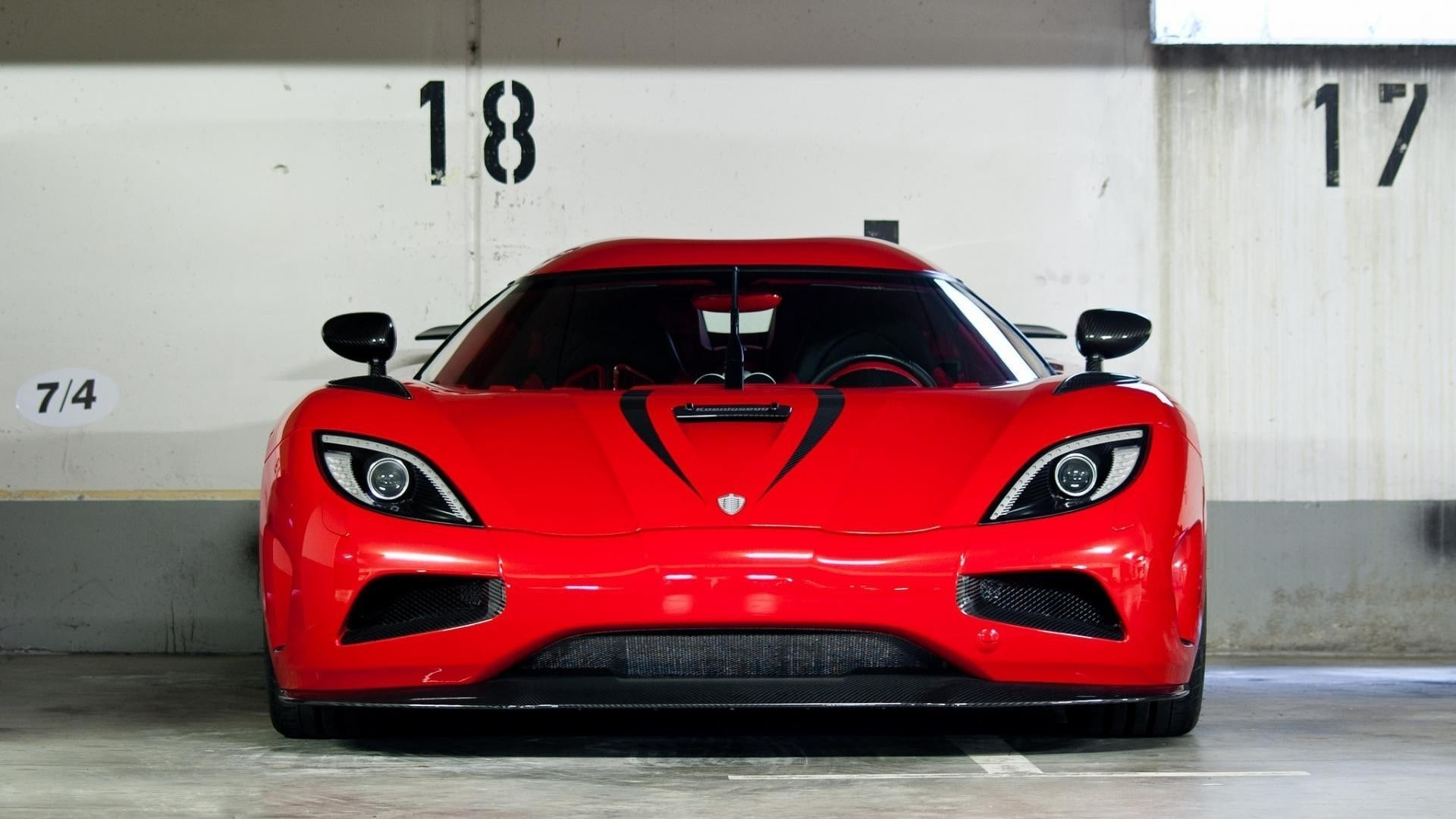 Koenigsegg Agera R HD pics Koenigsegg Agera R Wallpapers hd