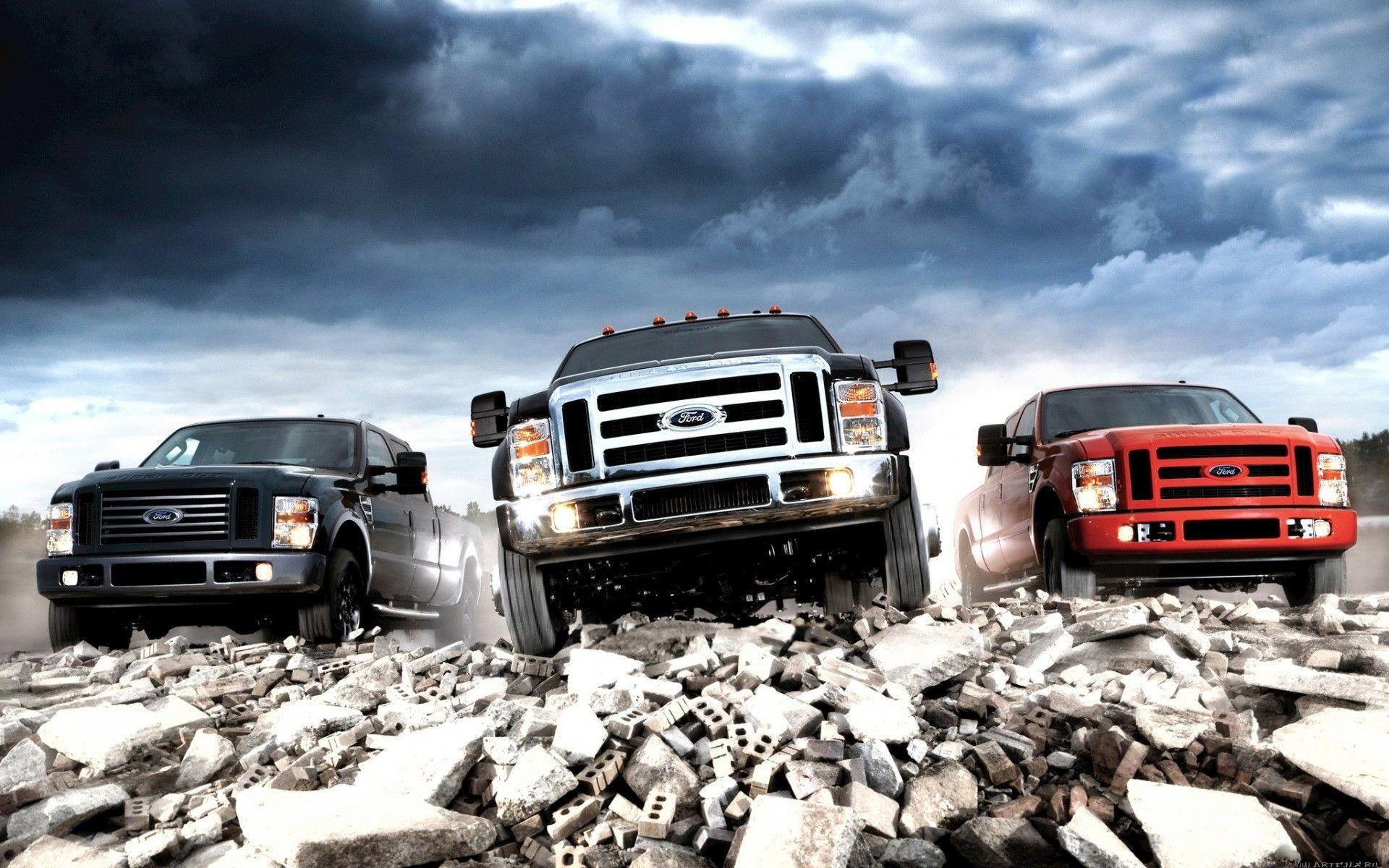Lifted Trucks Wallpaper