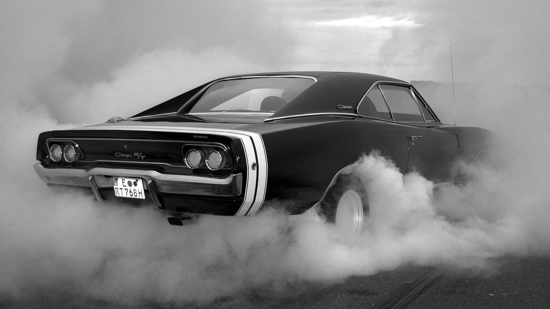 Muscle Car Burnout HD Wallpaper