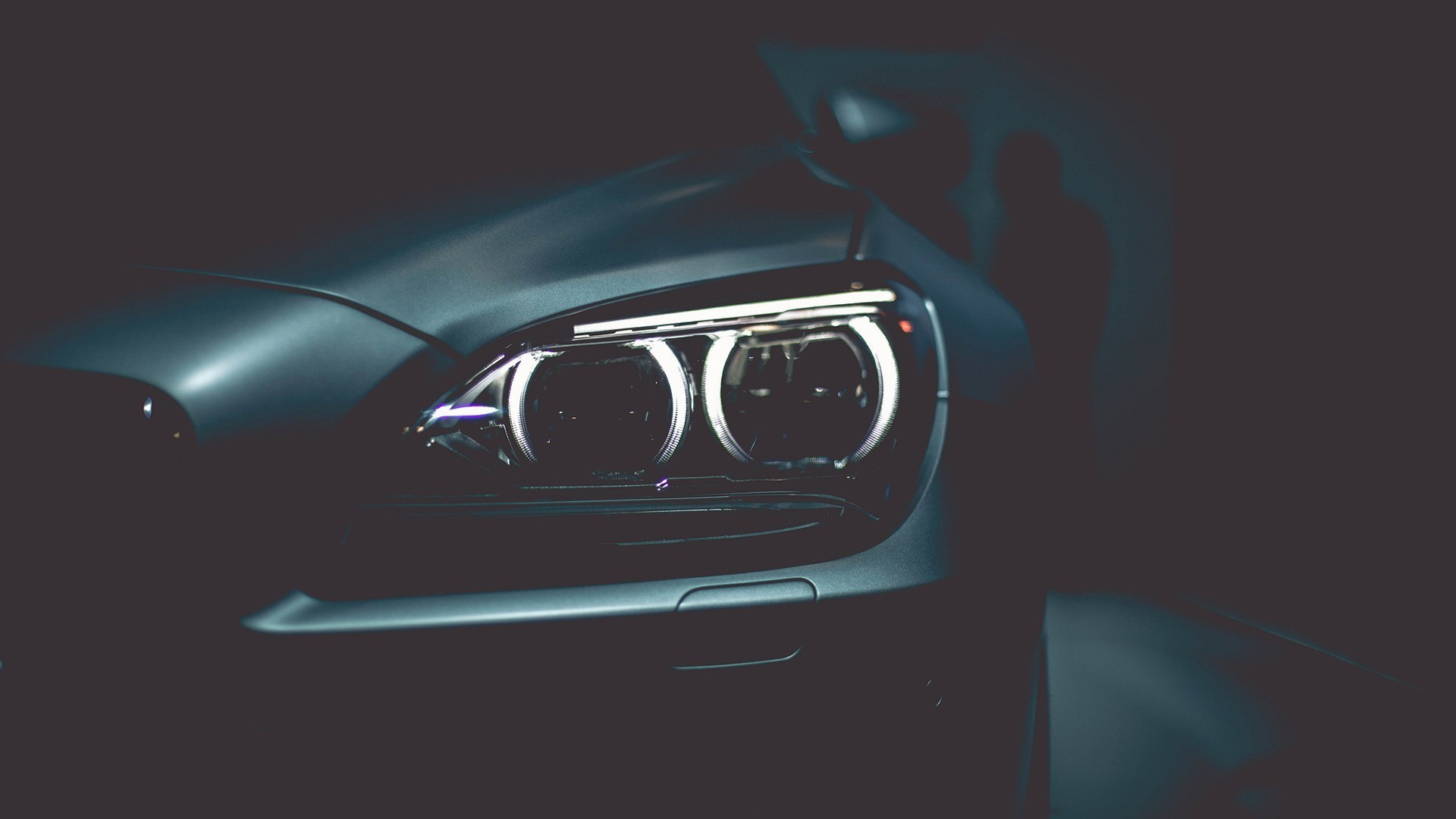 BMW headlights HD Wallpaper 1920×1080