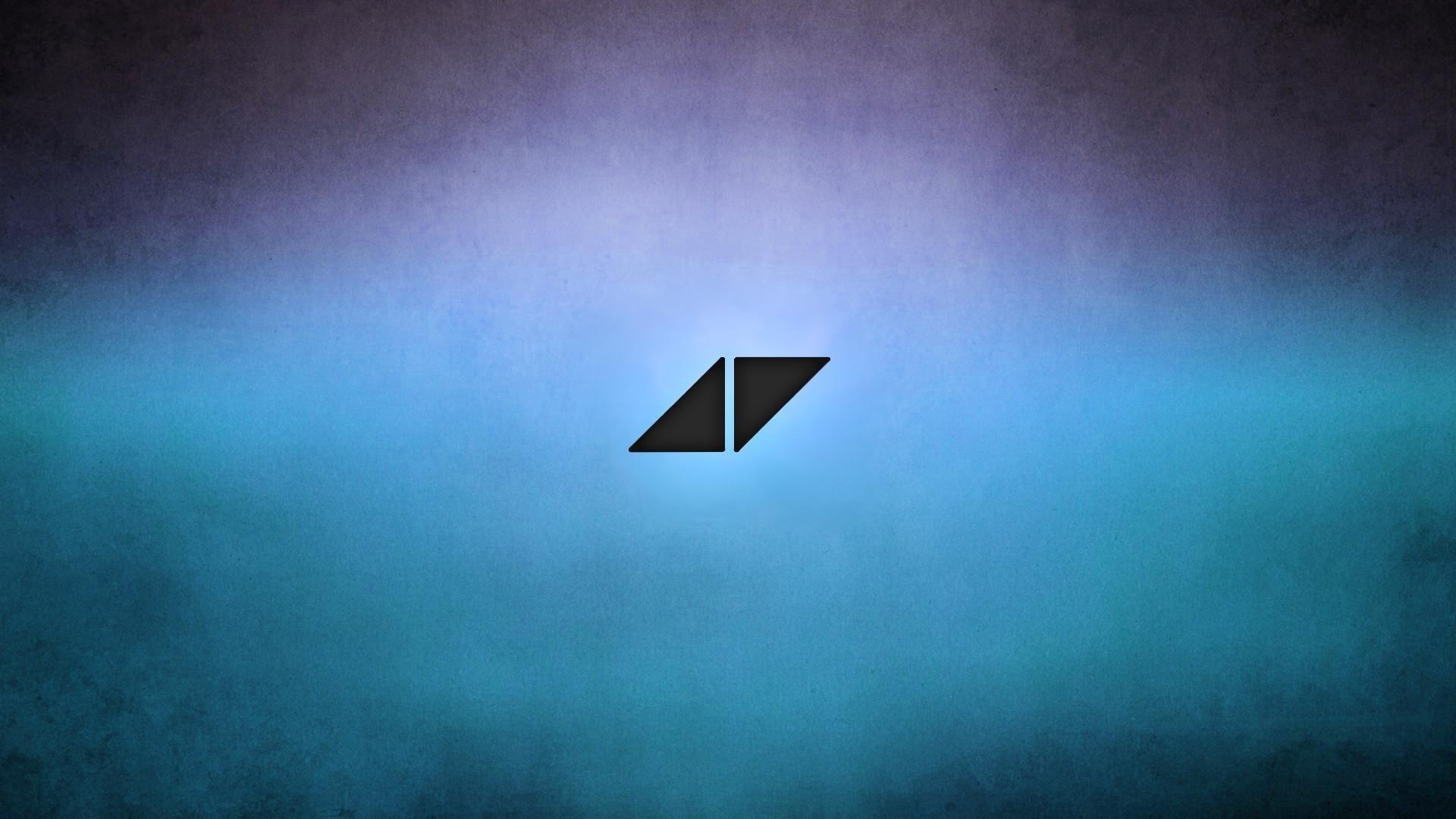 Avicii Triangles Logo HD Wallpaper DJ