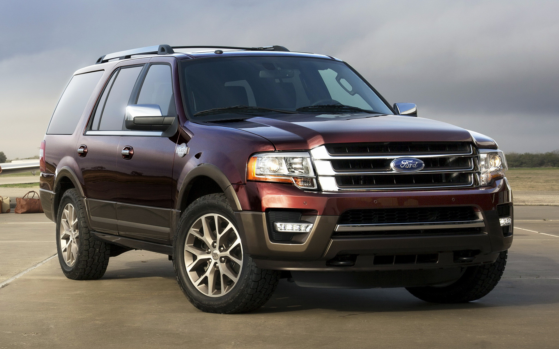 Ford Expedition King Ranch (2015) Wallpapers and HD Images