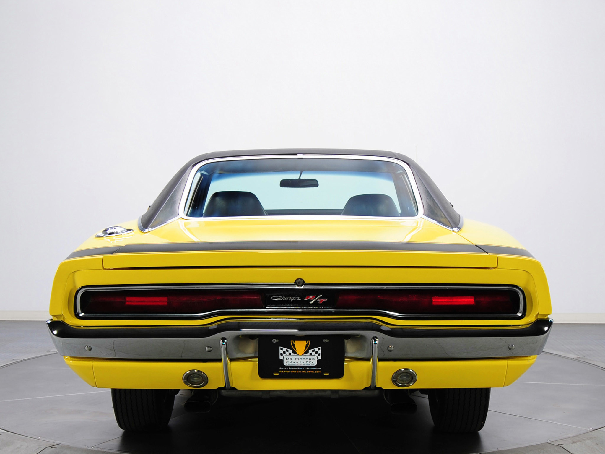 Dodge-Charger-RT-426-Hemi-1970-Wallpaper