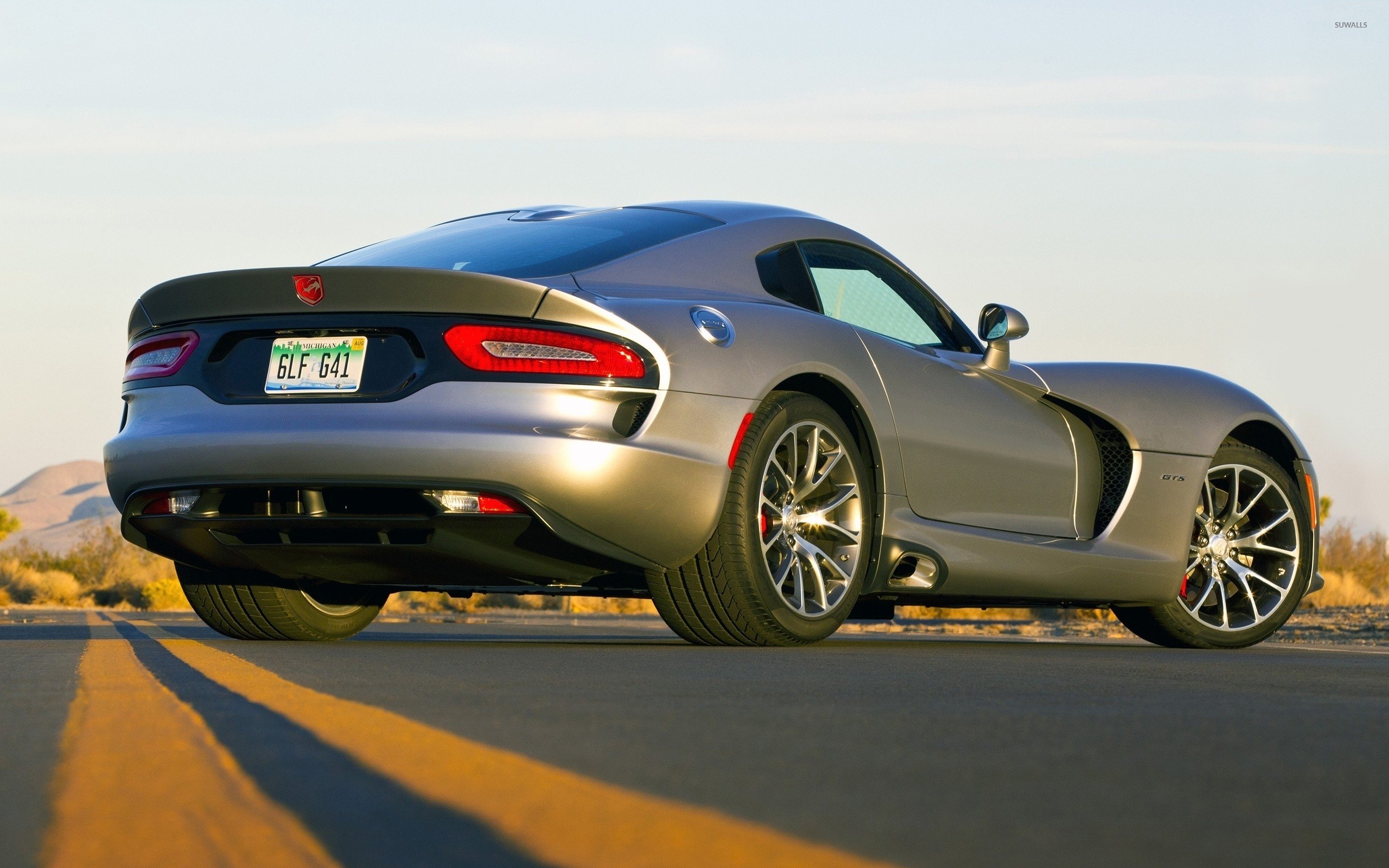 Back side view of a Dodge Viper GTS wallpaper jpg