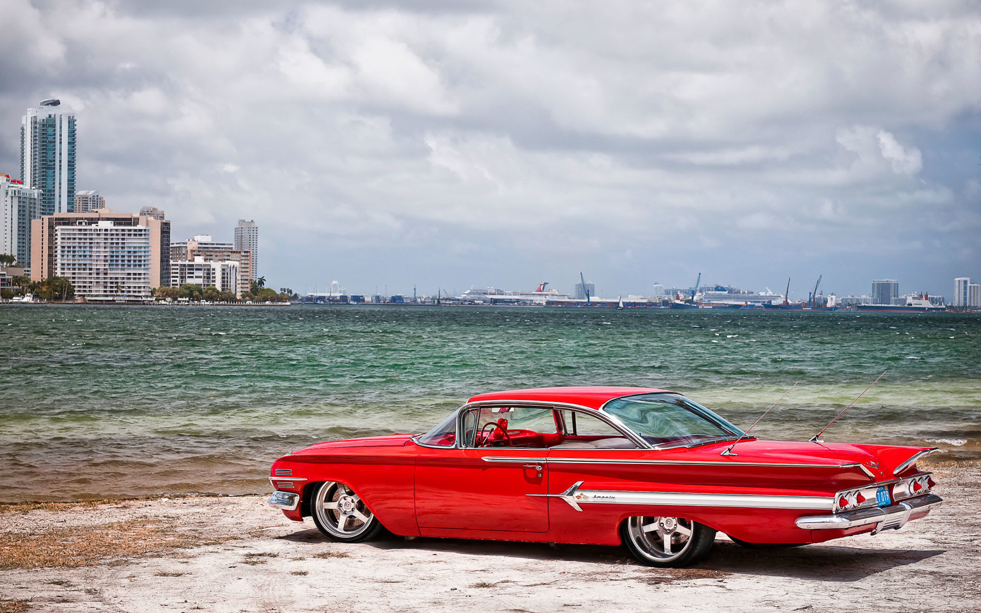 Cool Classic Car Wallpaper Desktop #12853 Wallpaper | WallpaperLepi