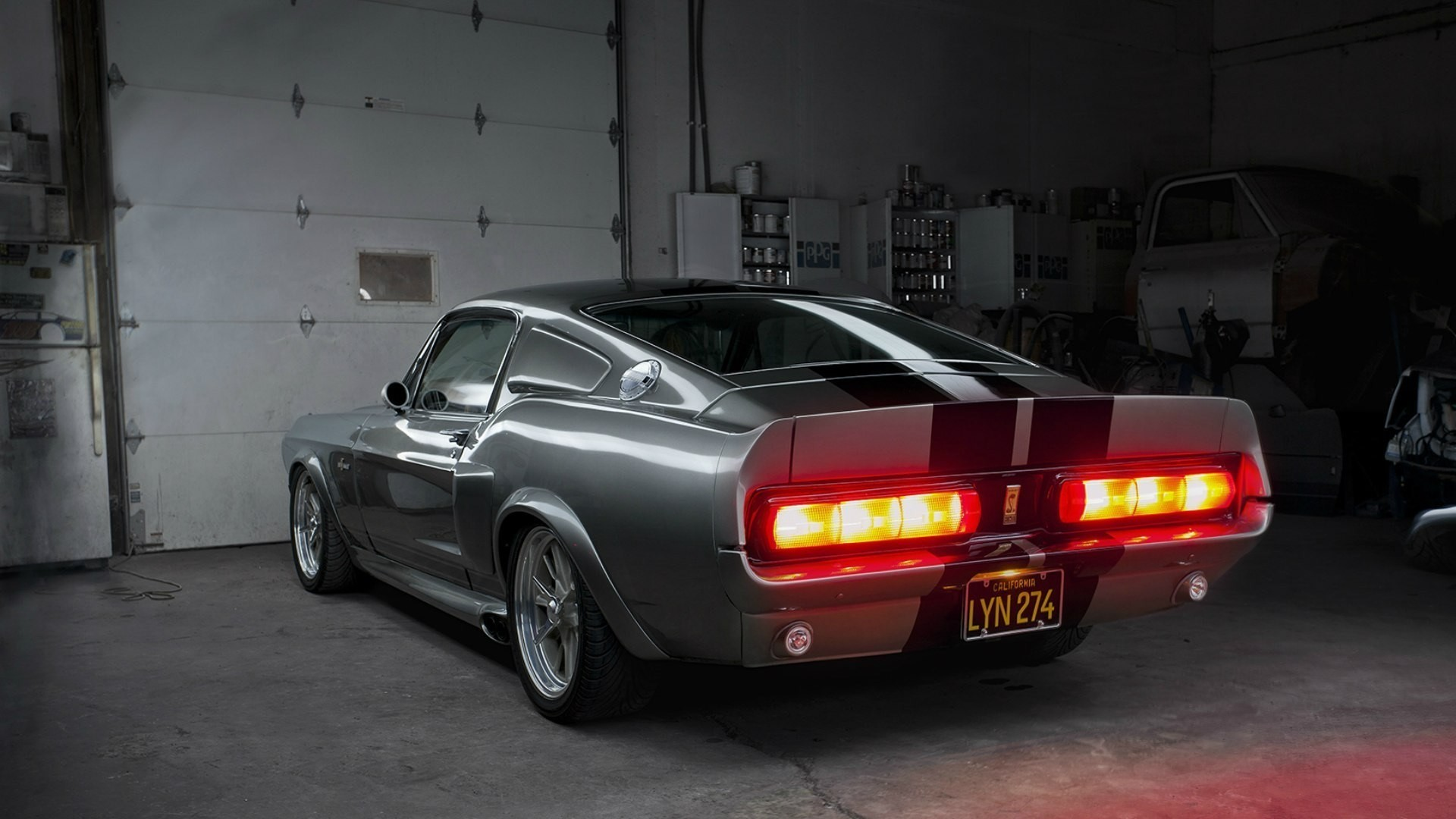 california-ford-mustang-gt500-shelby-eleanor-garage-backlights-
