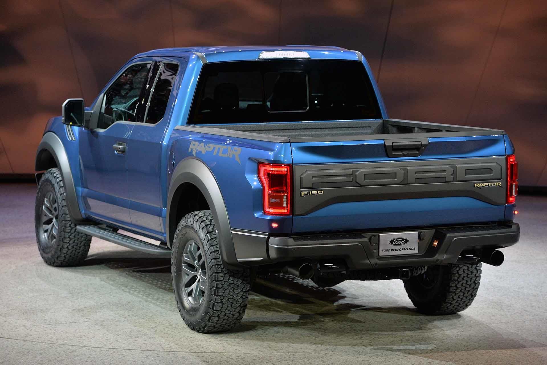 2015 Ford Raptor Desktop HD Wallpapers