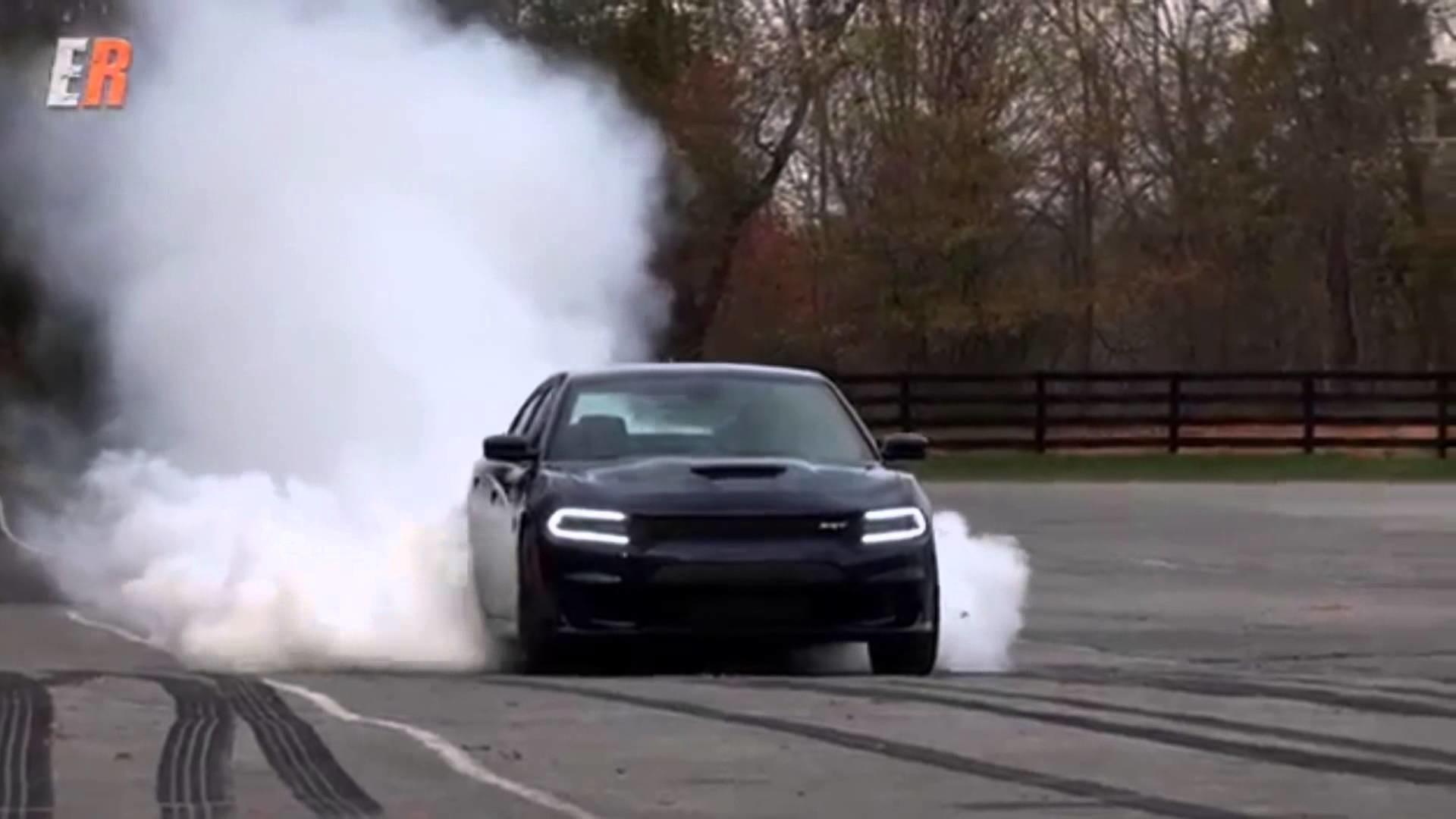 Dodge Charger Hellcat SRT – Black