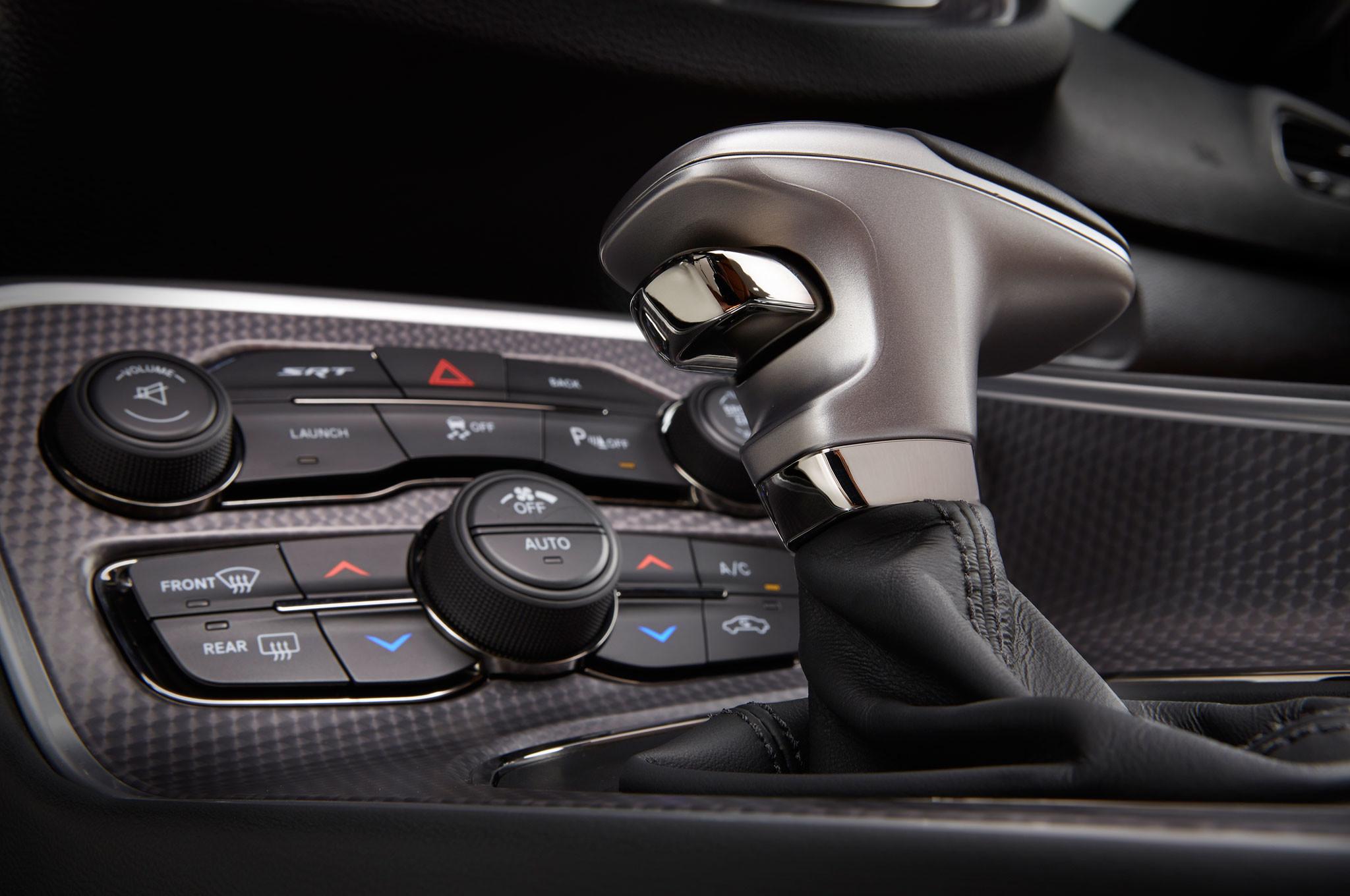 2015 Dodge Challenger Srt Hellcat Interior Shifter Stalk