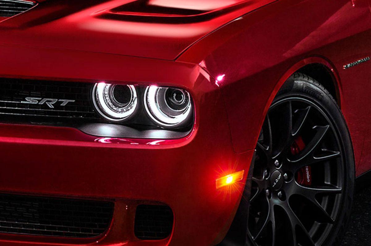 2015 Dodge Challenger Srt8 Hellcat Headlight Wallpaper