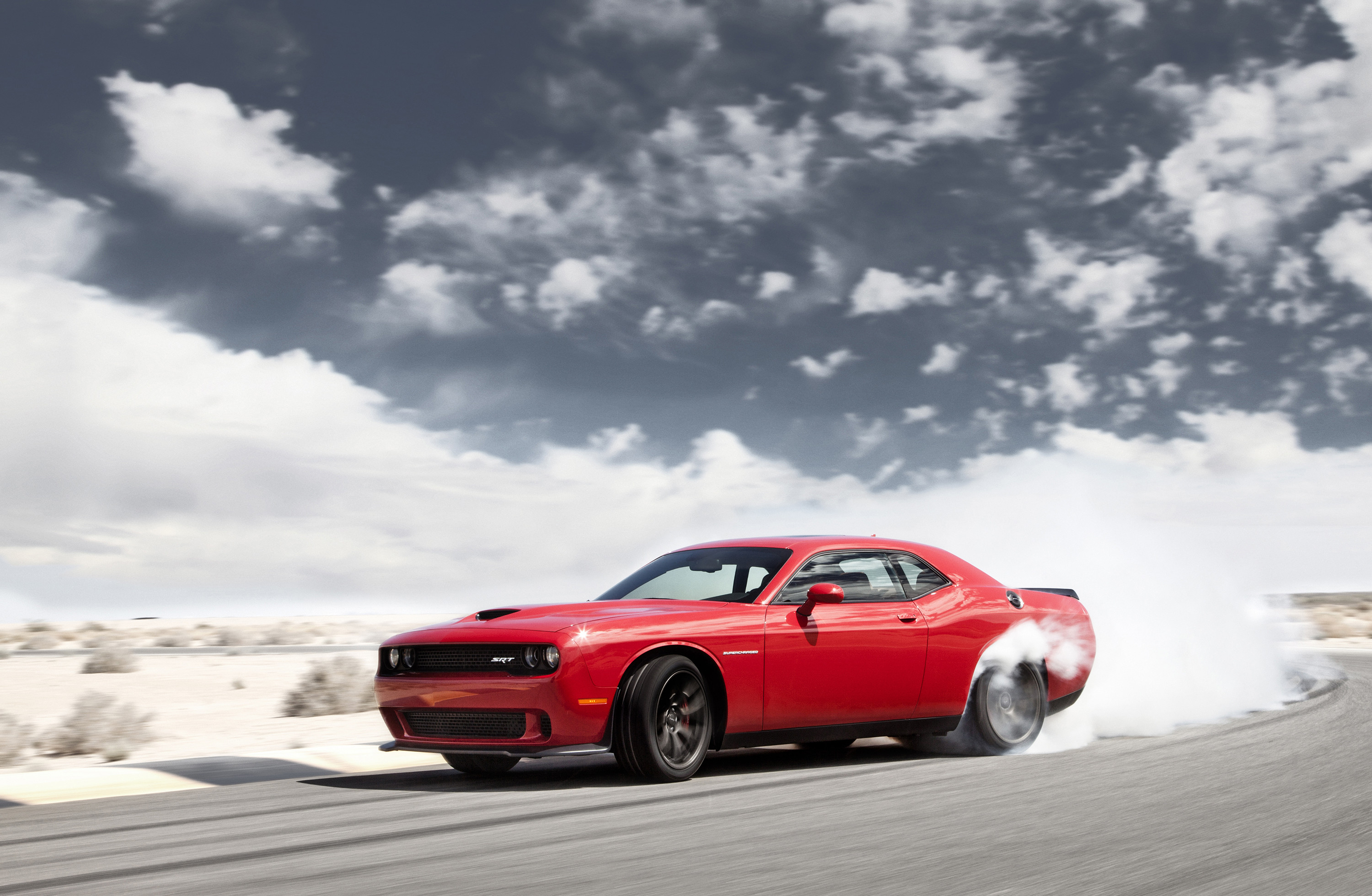 2015 Dodge Challenger SRT Hellcat gets 707 horsepower, shows off in new  video – Autoweek