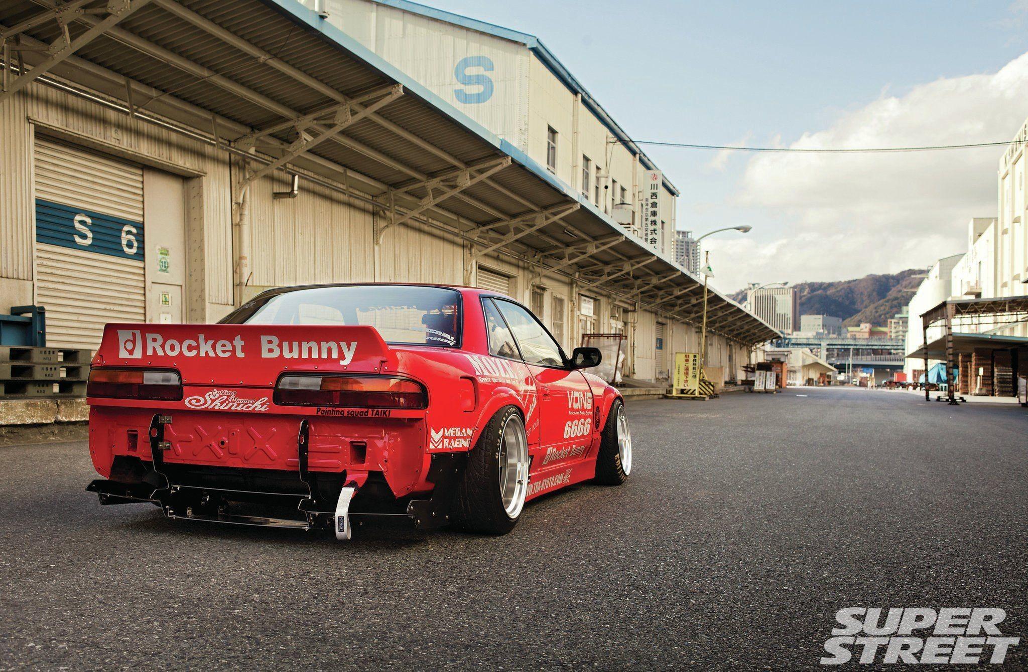 85 Rocket Bunny