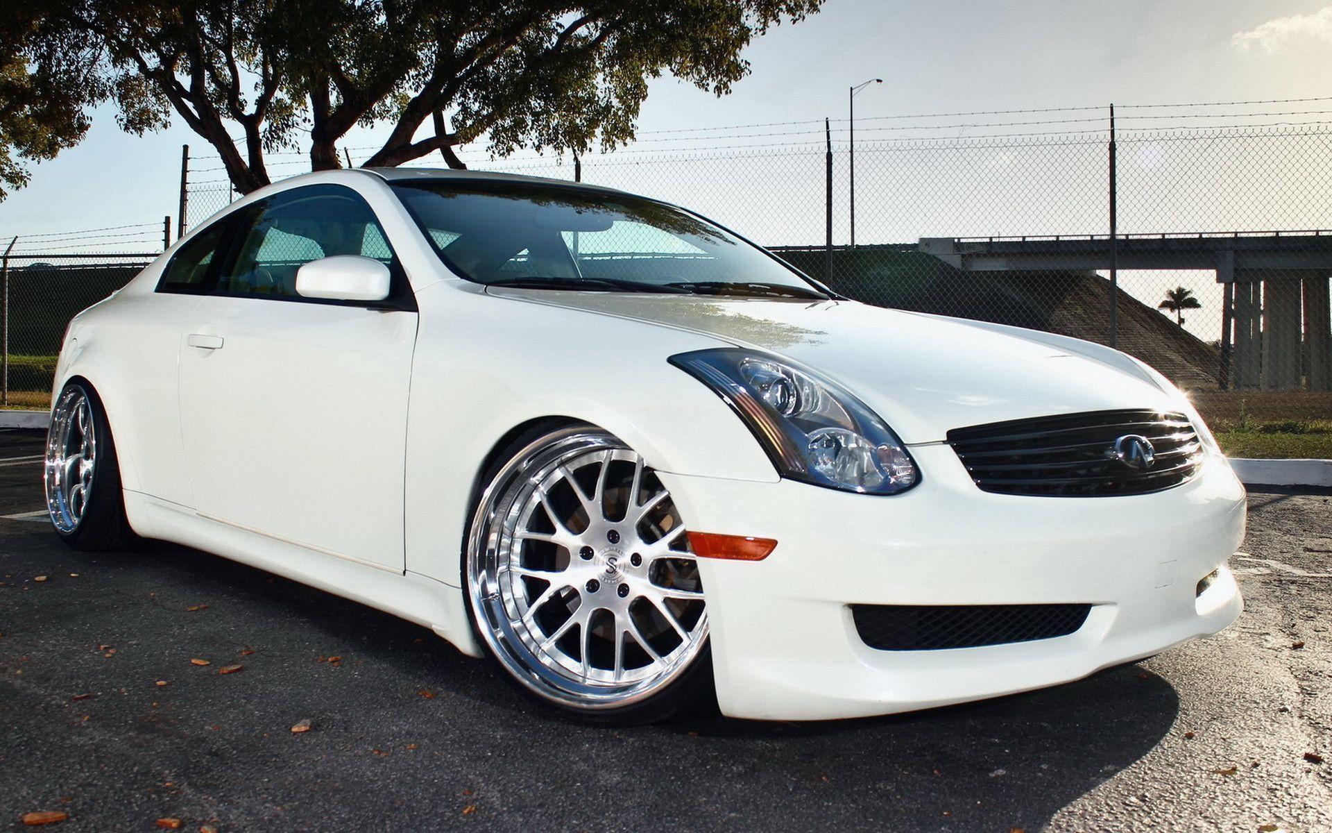 Infiniti G35 White – Free Car Wallpapers HD