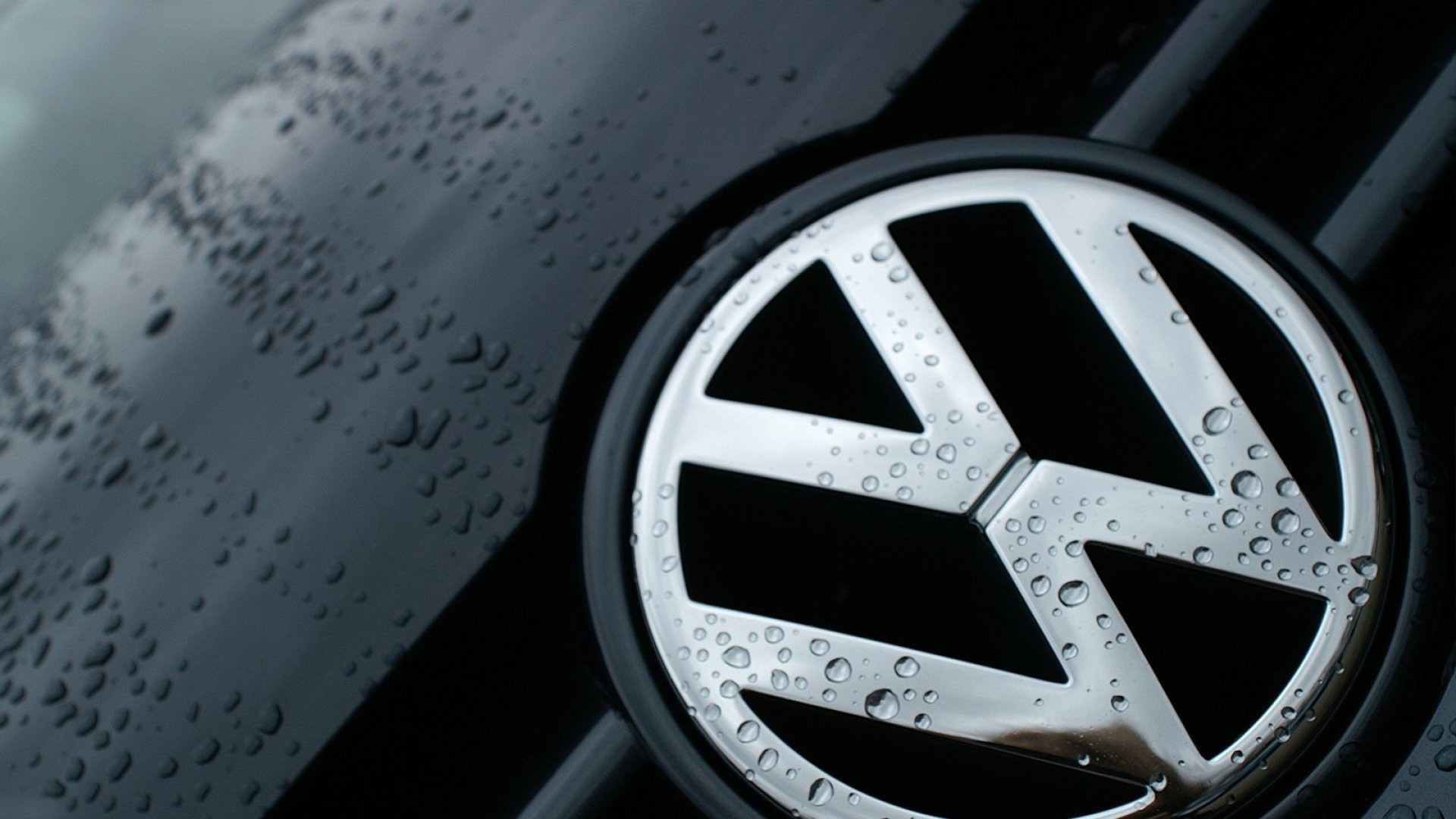 Volkswagen Wallpaper Black Ground Wallpaper Vw Logo Wallpaper