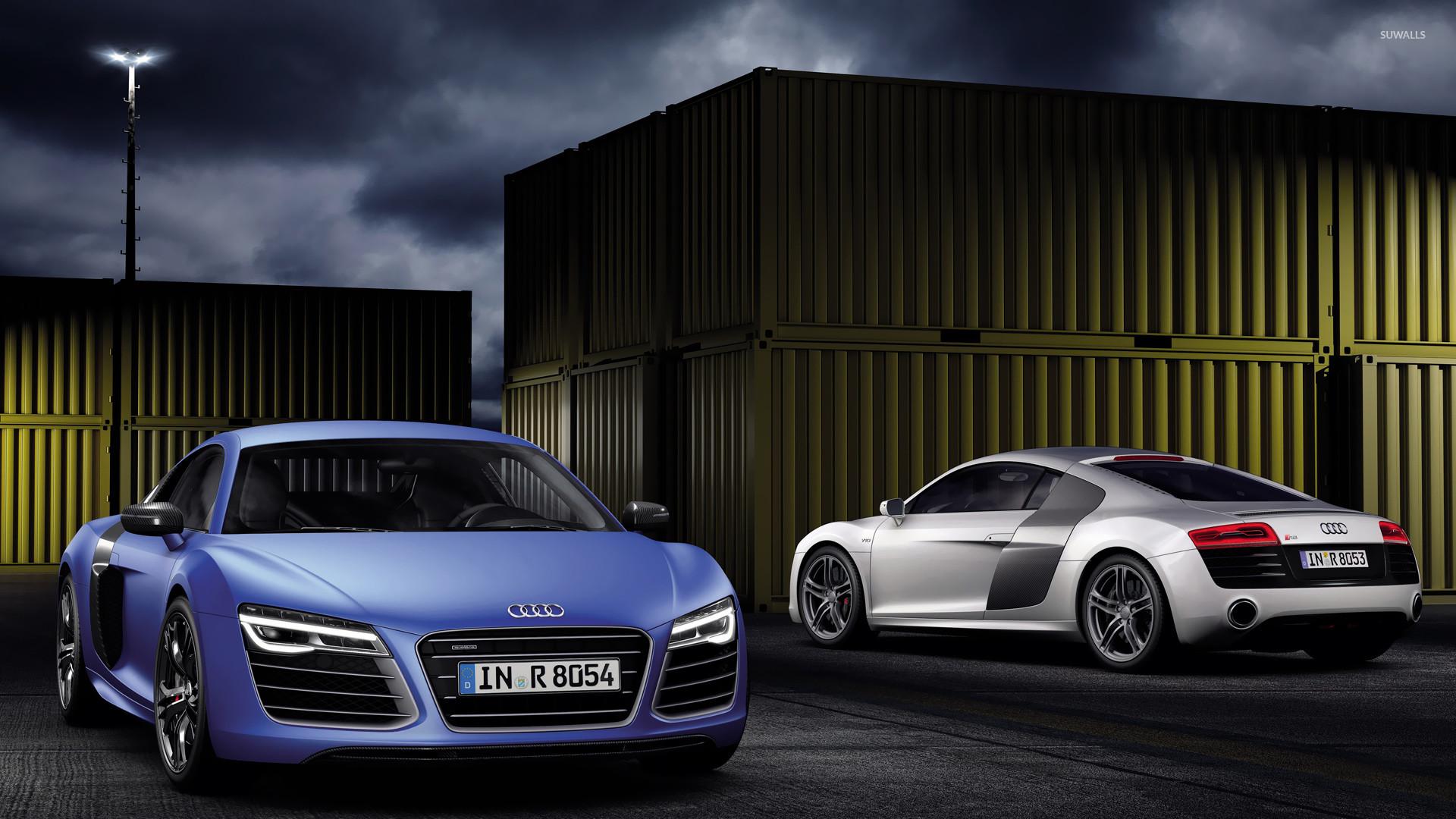2013 white and blue Audi R8 V10 Plus wallpaper
