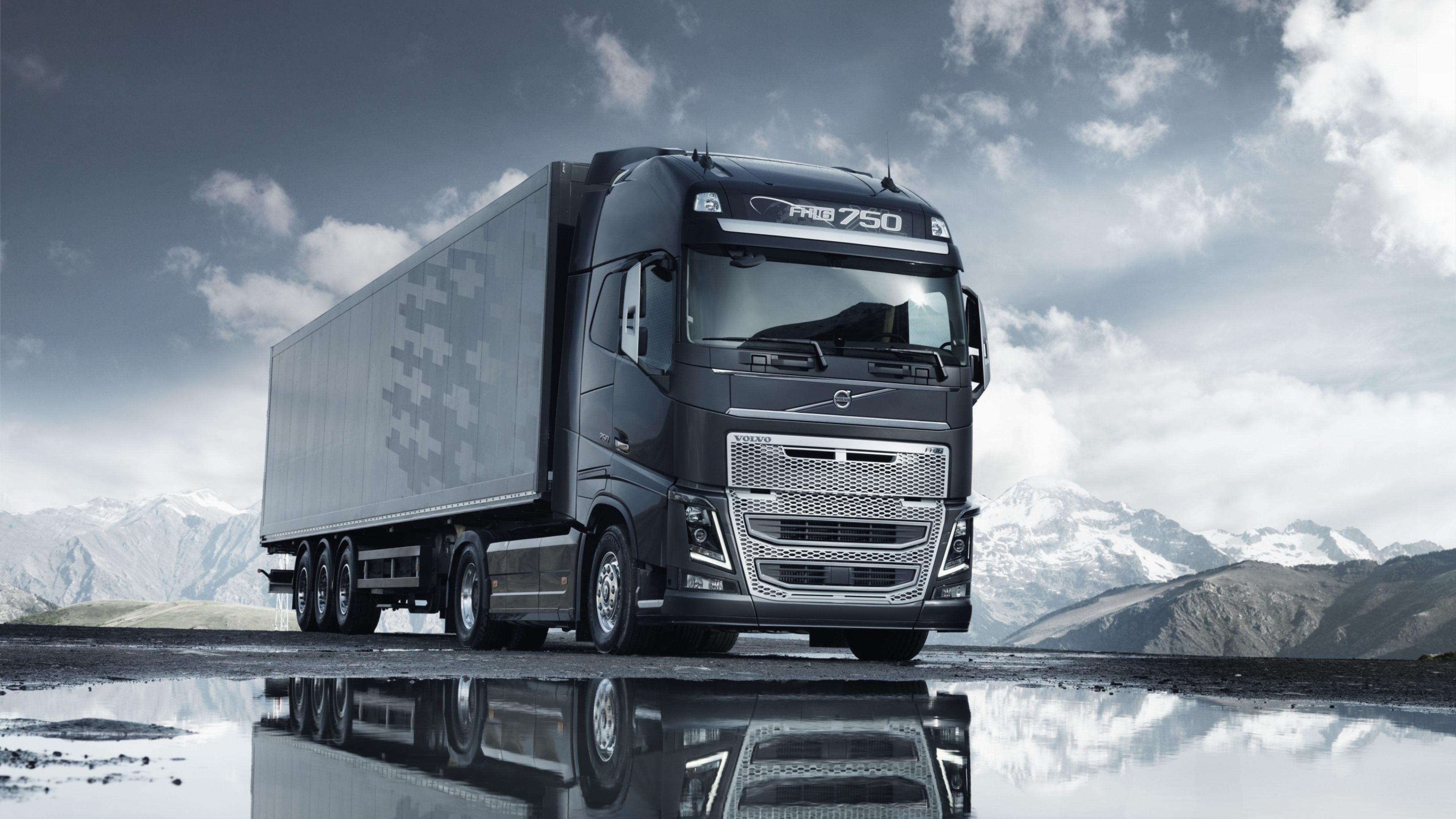 Volvo Semi Truck Wallpaper