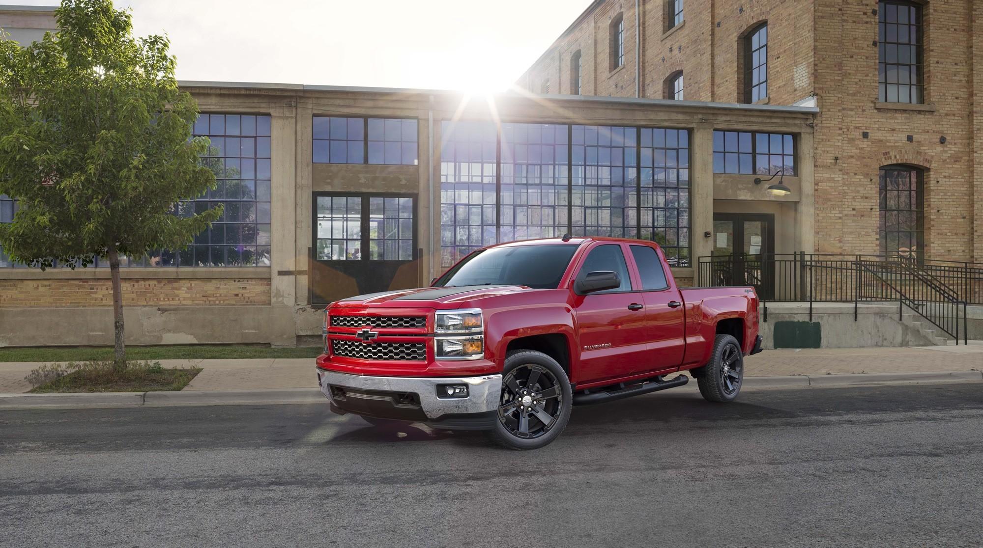 2015 Chevrolet Silverado HD Background Wallpapers