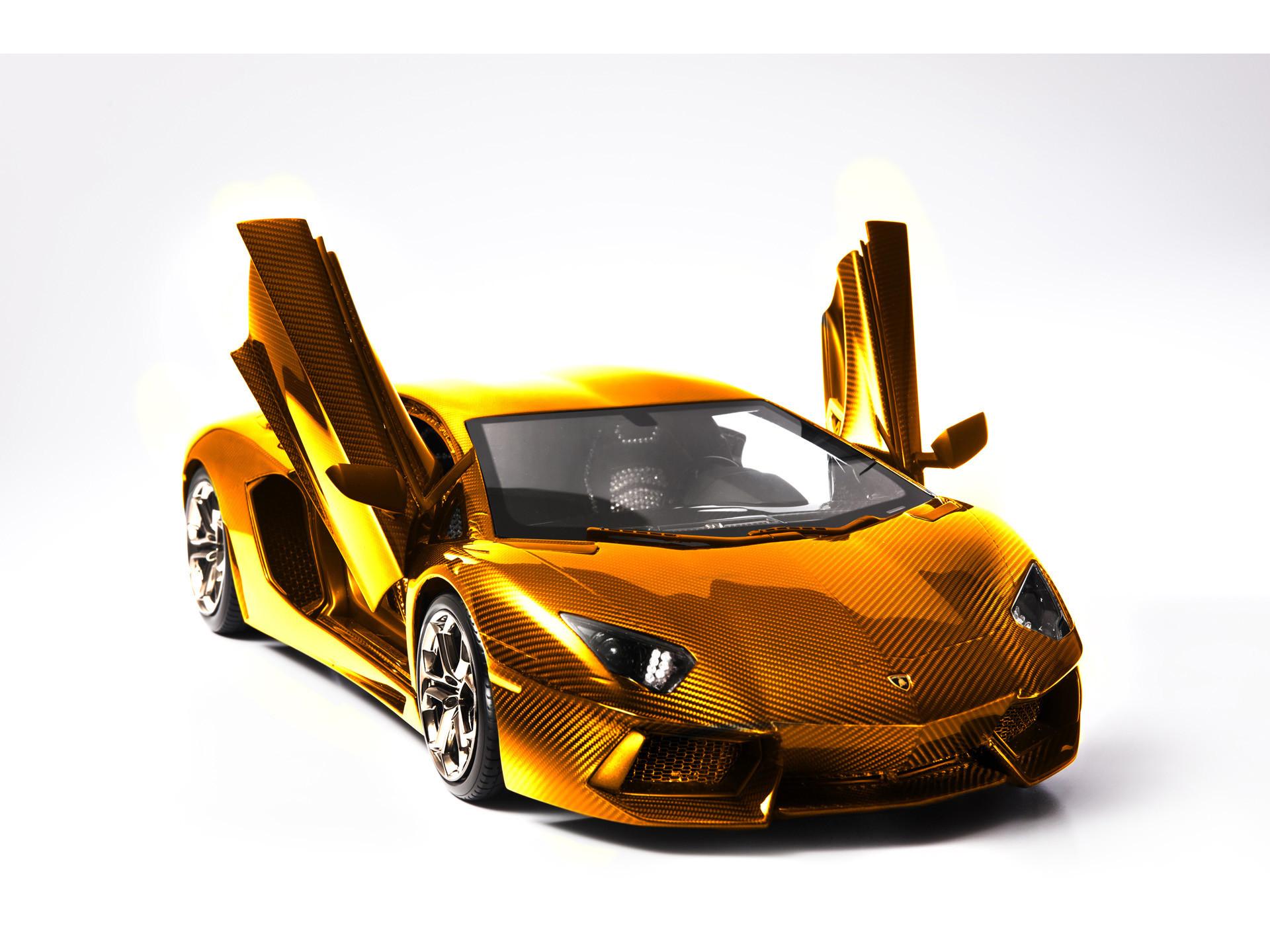 2012 Lamborghini Aventador LP 700-4 Model by Robert Gulpen Engineering –  Gold Front Angle Open Doors – – Wallpaper
