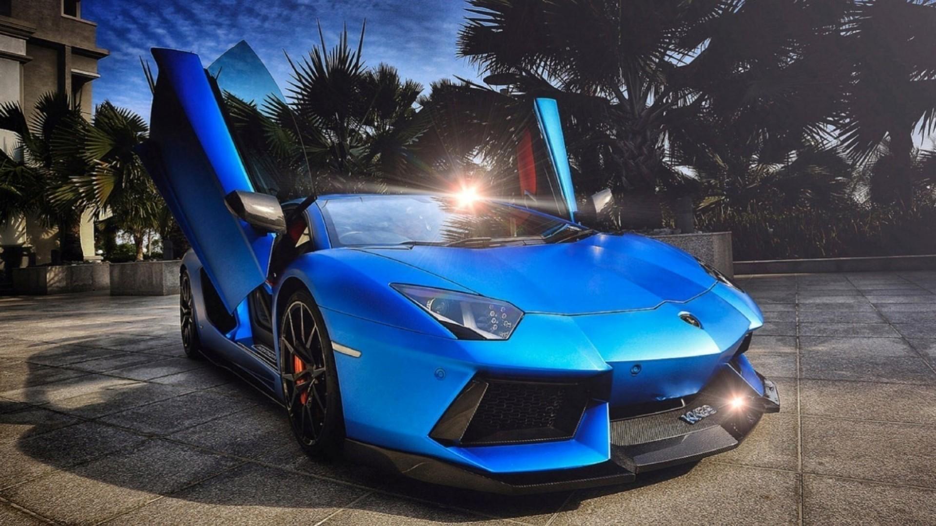 1144 Blue Lamborghini Aventador Wallpaper