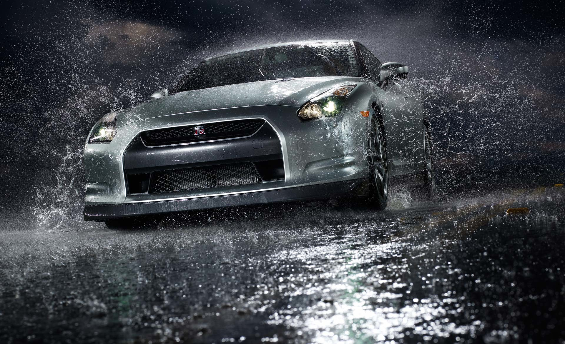 Cars Front Angle View Nissan GT-R Vehicles Water free iPhone or Android  Full HD wallpaper.