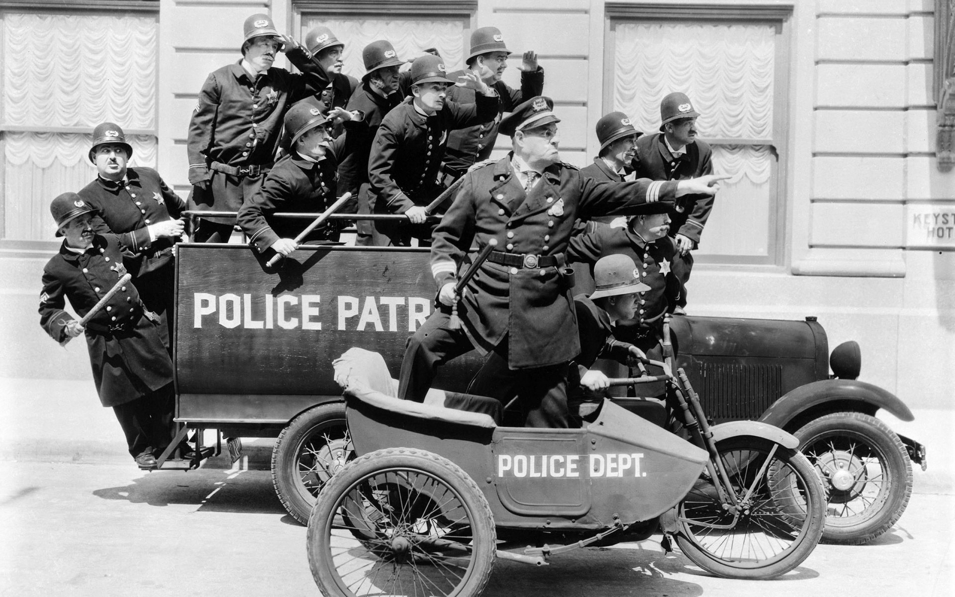 689 best auto: public service images on Pinterest | Emergency vehicles, Police  cars and Police vehicles