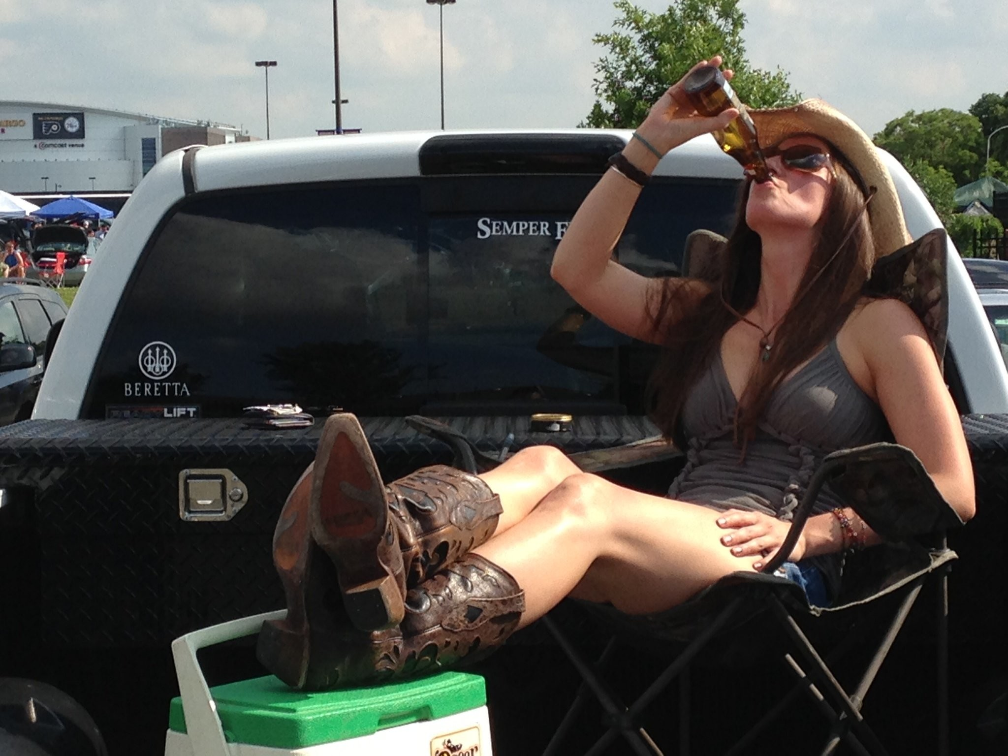 10 Signs You're a Country Girl
