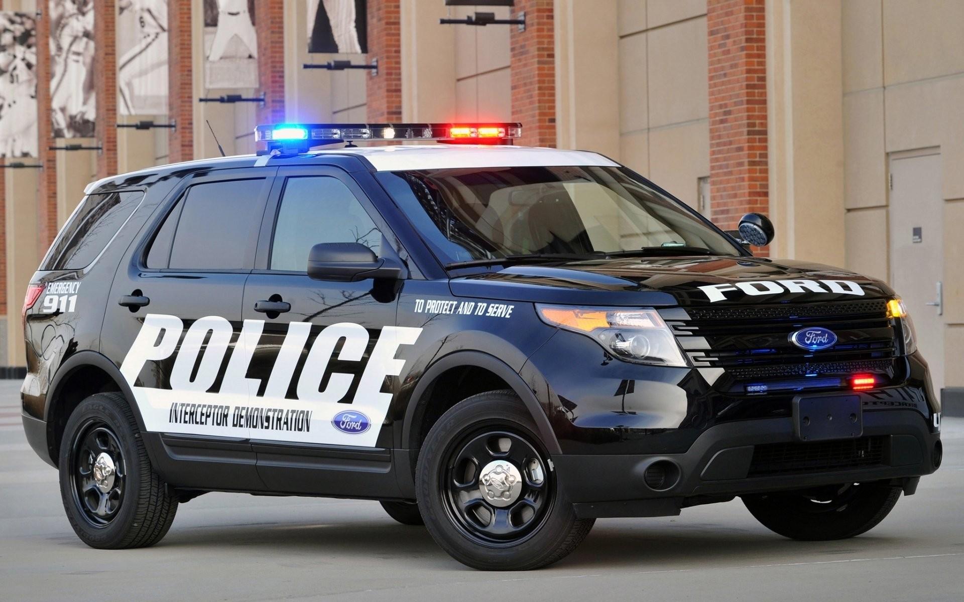 Ford Police Interceptor 911738 …