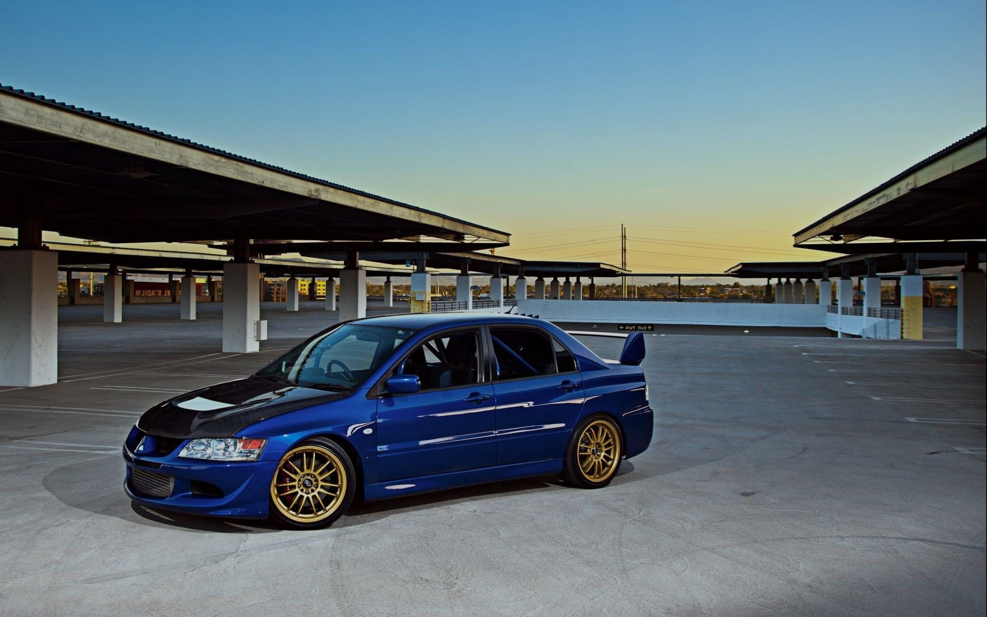 HD Wallpapers Mitsubishi Lancer Evo : Car Wallpapers HD.