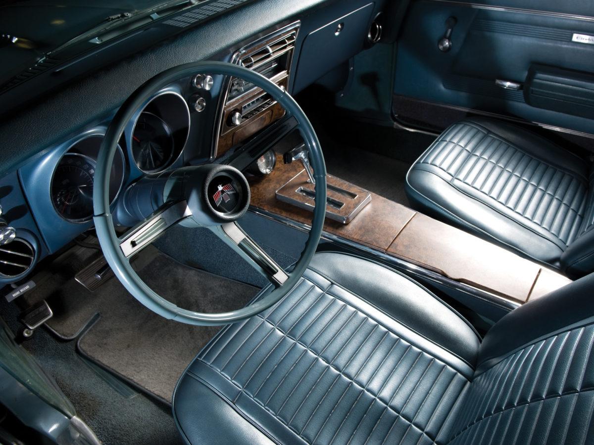 Pontiac Firebird 1968 Interior