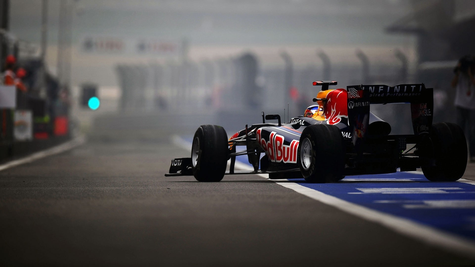 … F1 wallpaper 9 …
