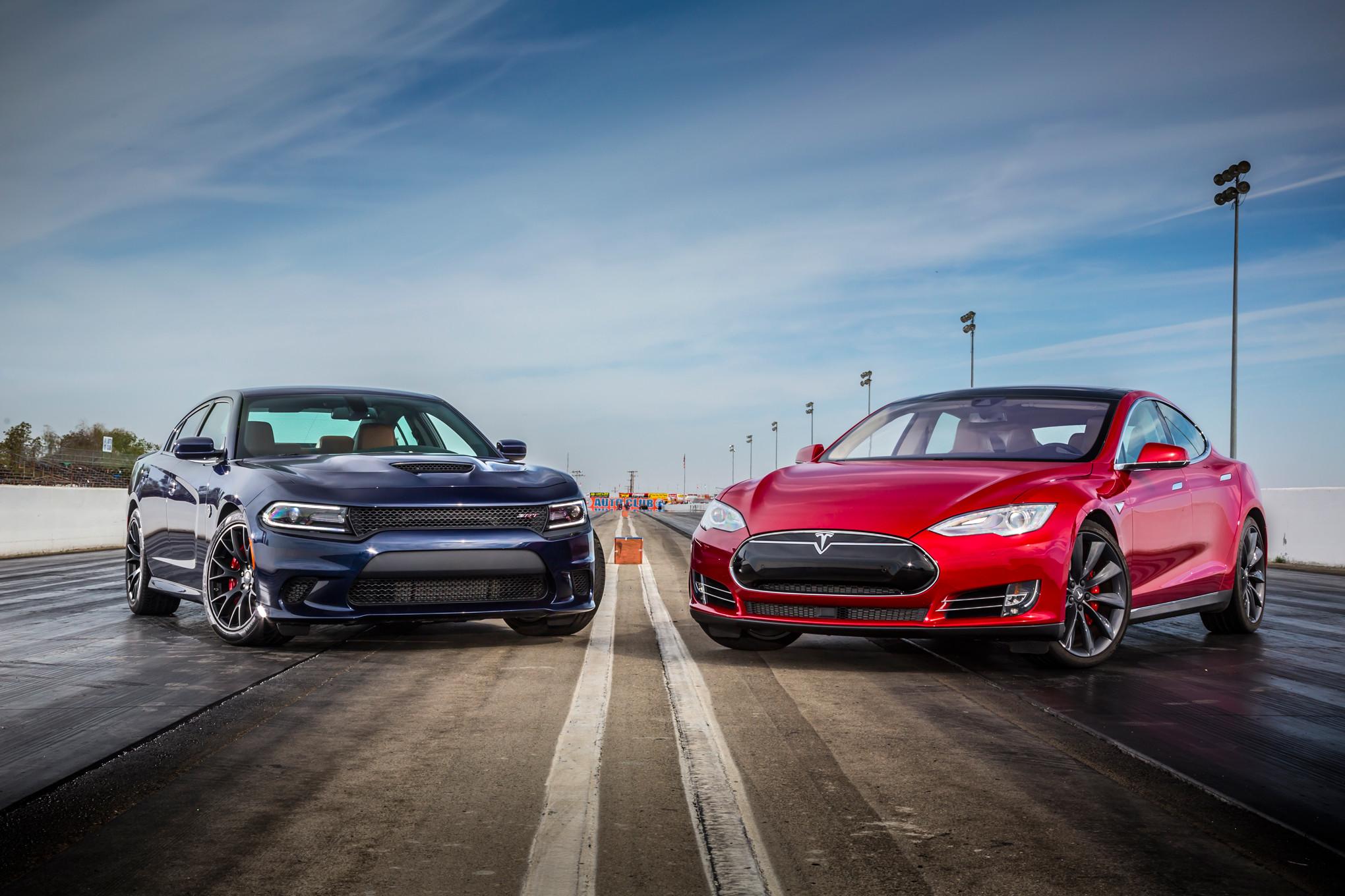2015 Dodge Charger Srt Hellcat Tesla Model S