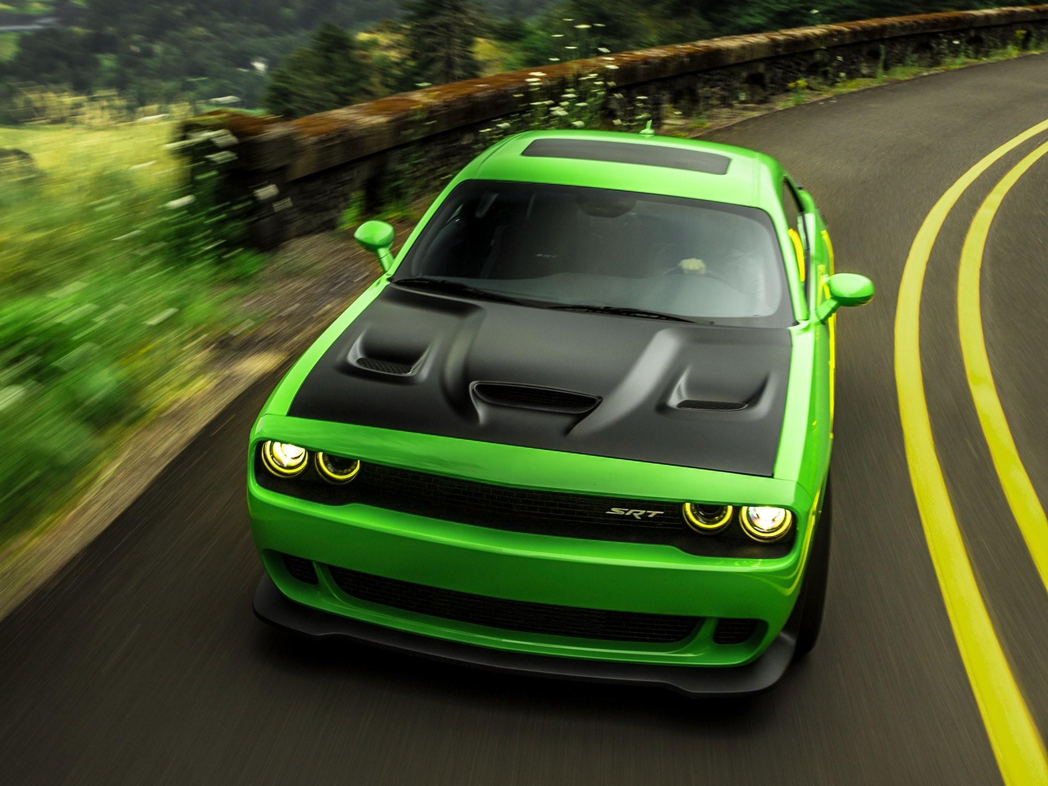2015 Dodge Challenger Srt Hellcat Wallpaper
