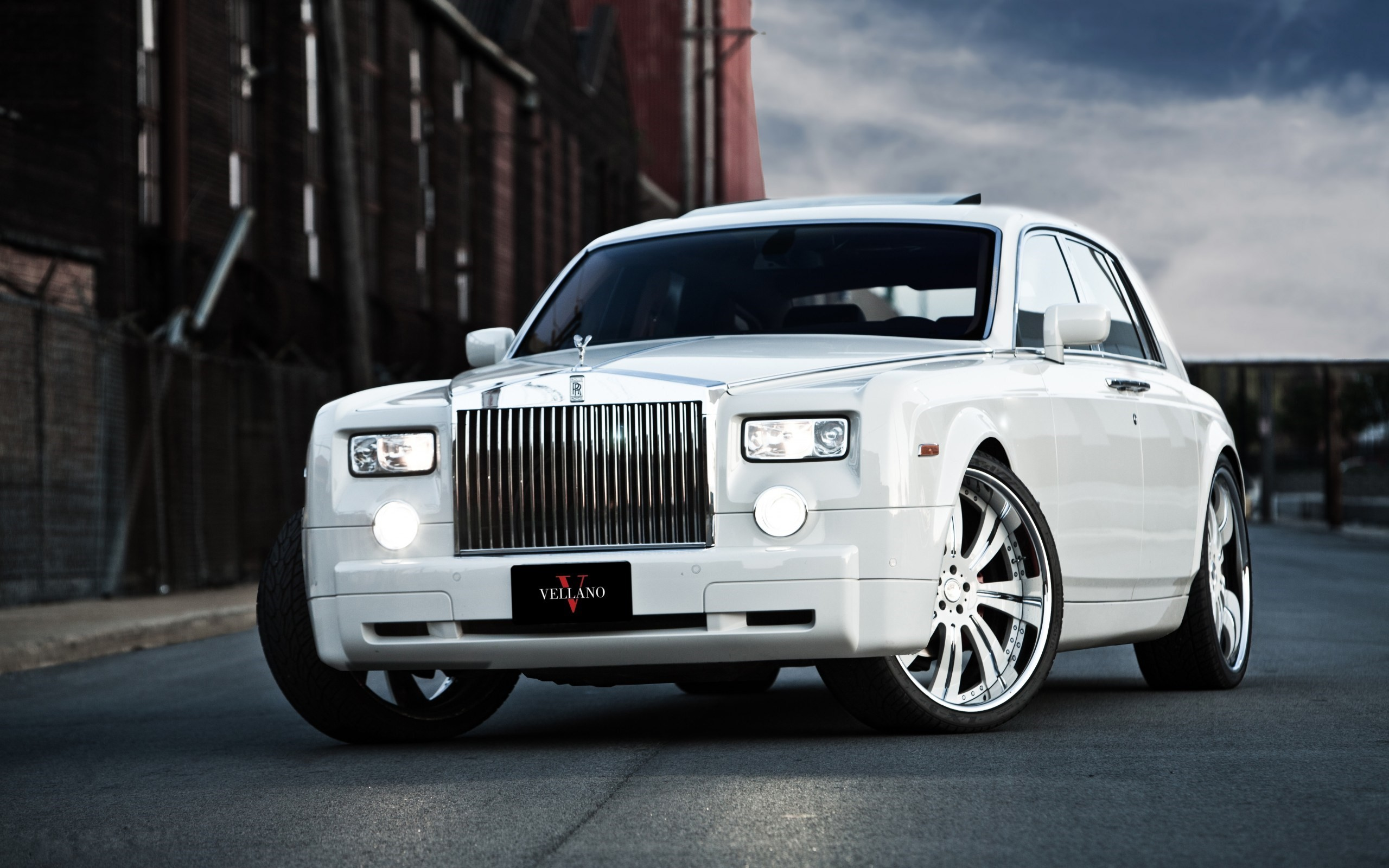 Cool Rolls Royce Wallpaper