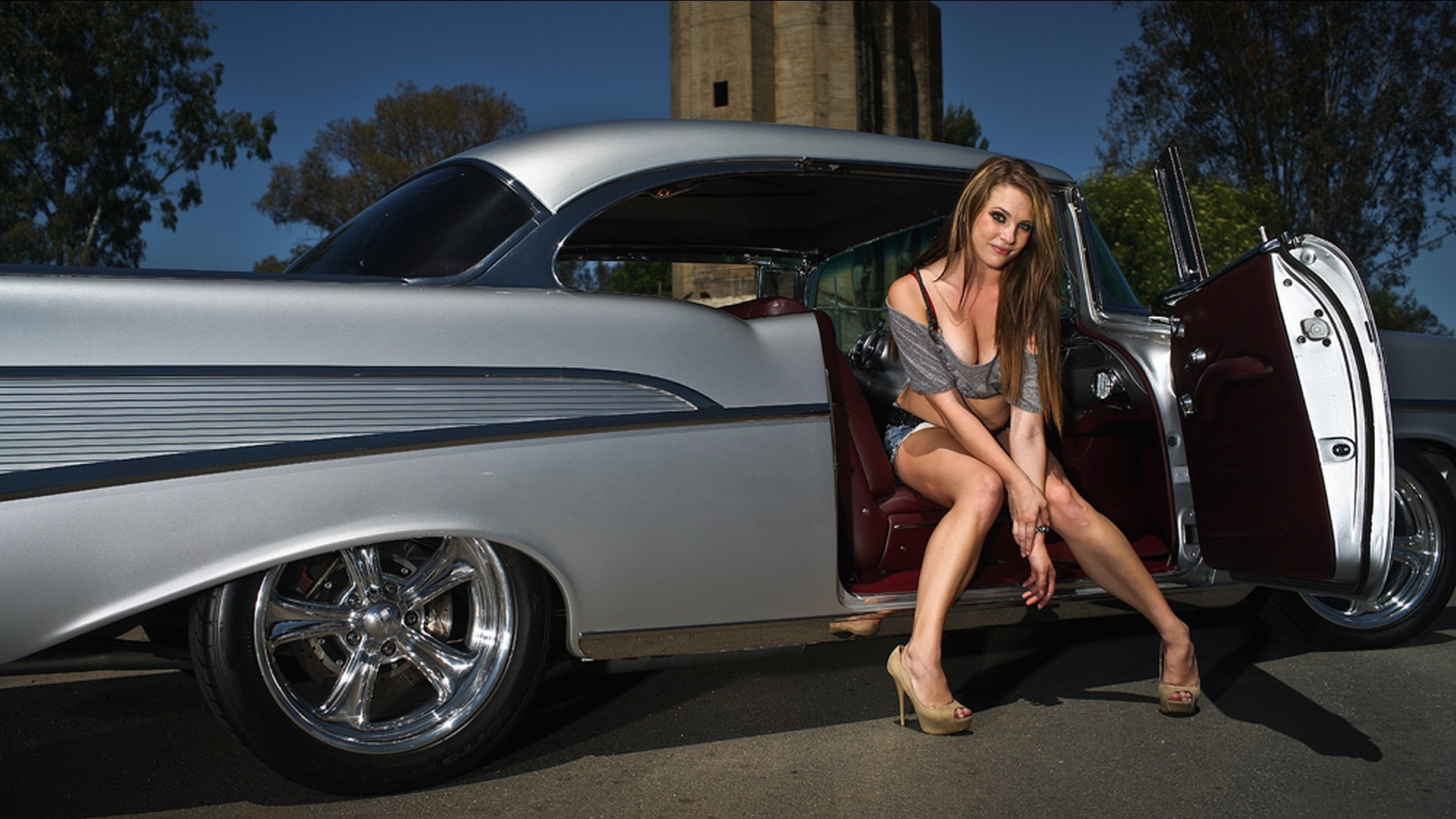 … Girls With Car (1) …